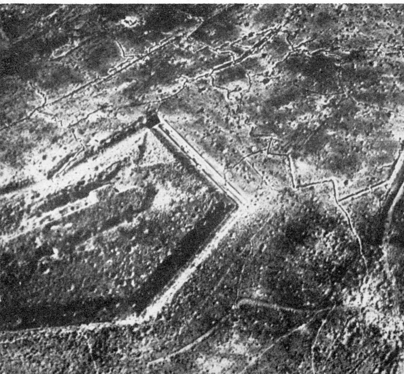 Bombenkrater um Fort Douaumont Ende 1916