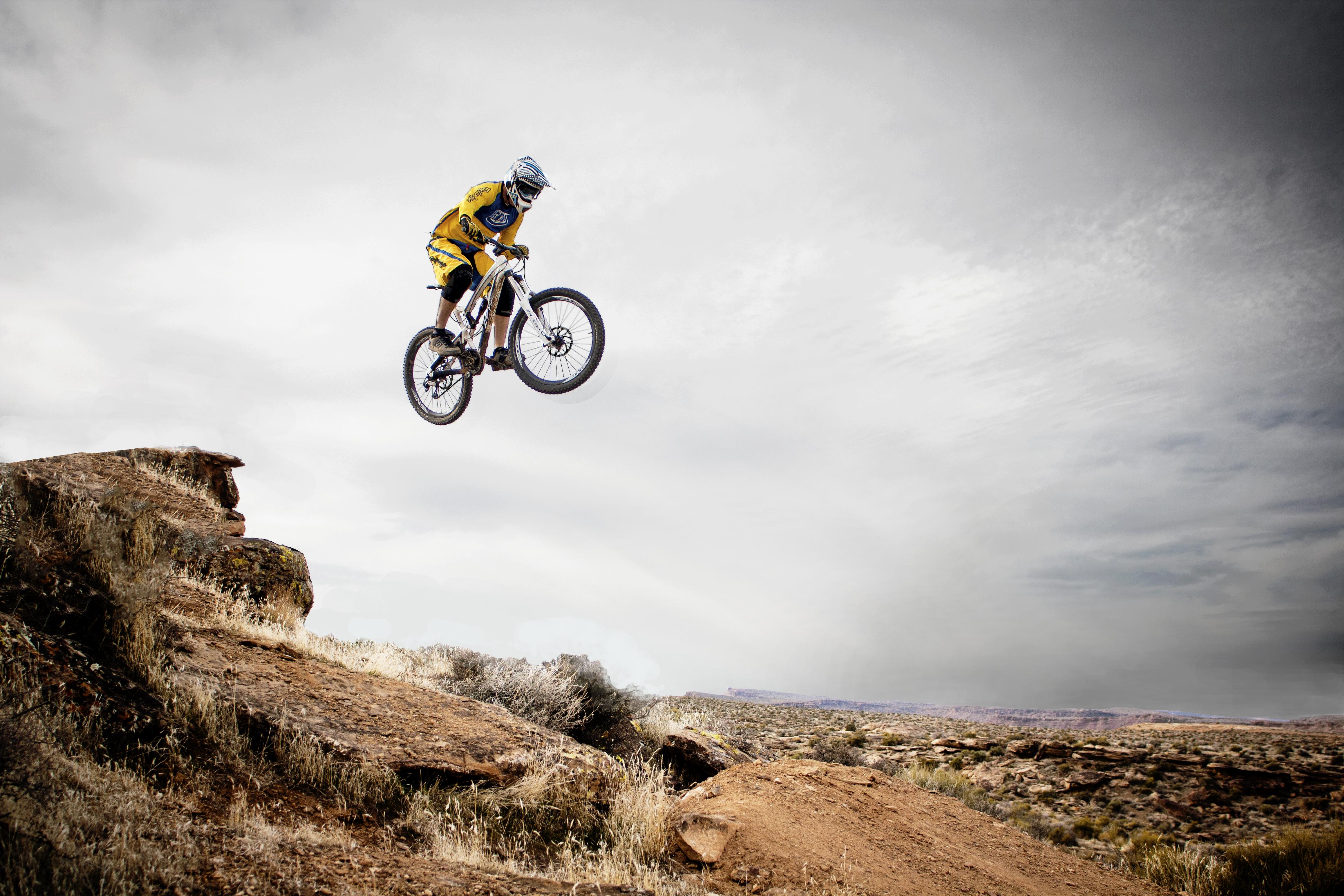 Bildresultat för DH cykel