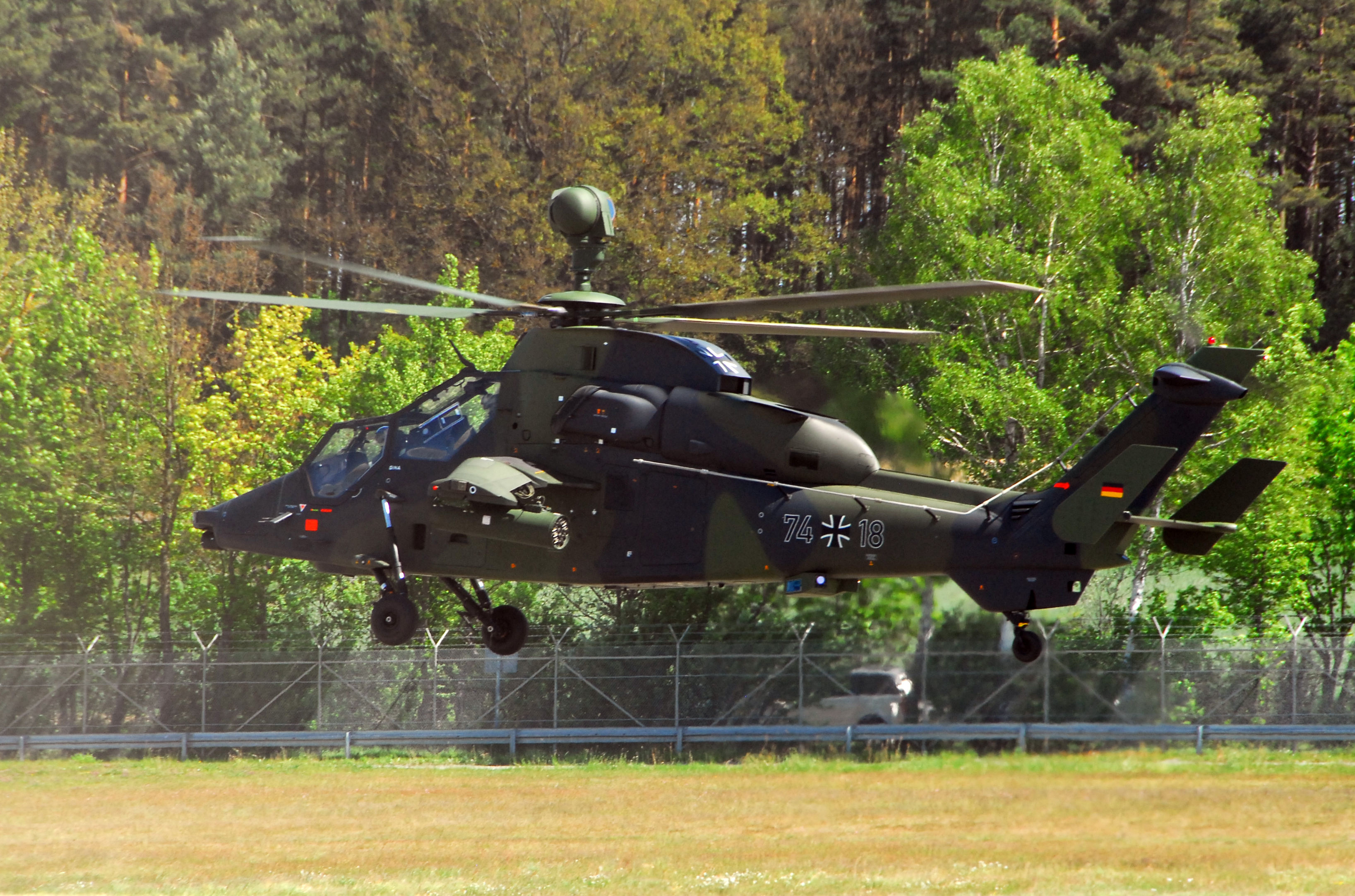 new us helicopter with File German Eurocopter Tiger  2011 on File German Eurocopter Tiger  2011 in addition SH 187 stealth helicopter furthermore 20892151028 likewise Dd62 Katrina furthermore H 19 walk1.