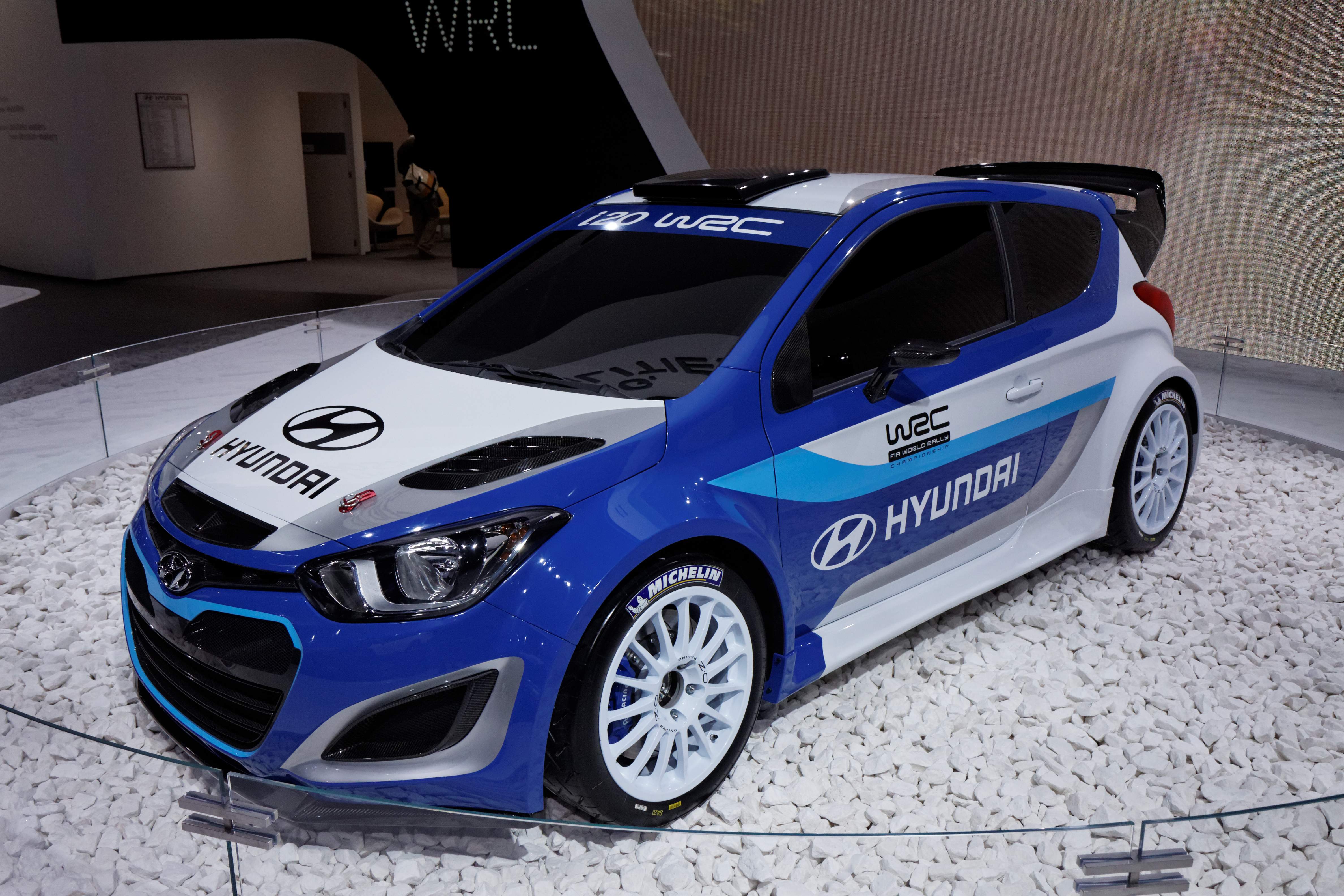 file hyundai i20 wrc mondial de l 39 automobile de paris 2012 wikimedia commons. Black Bedroom Furniture Sets. Home Design Ideas