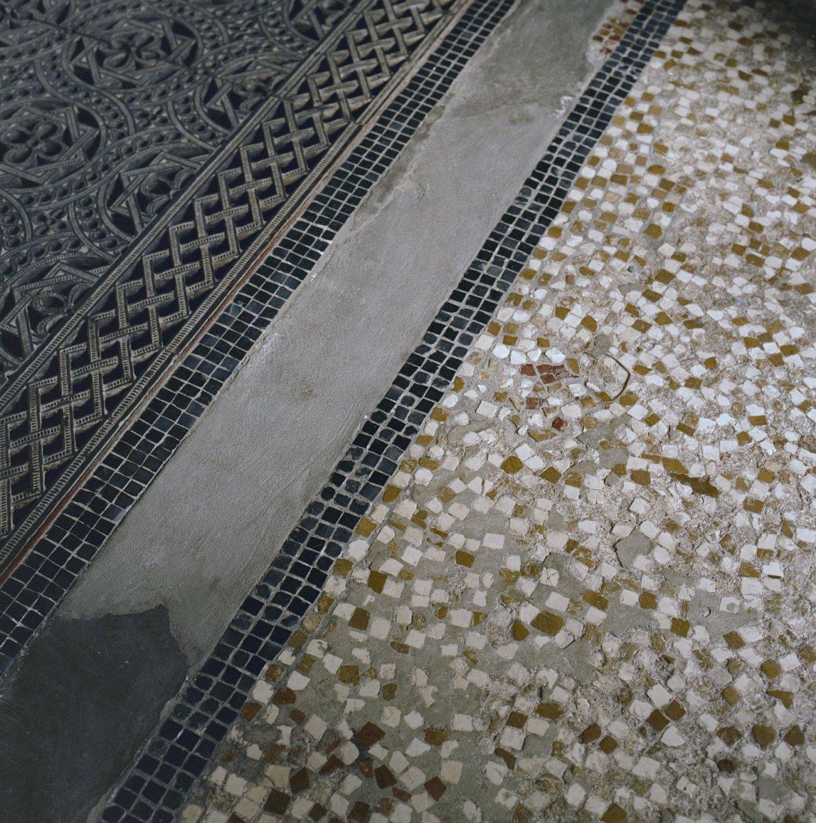 File interieur museumzaal detail van de terrazzo vloer for Interieur haarlem