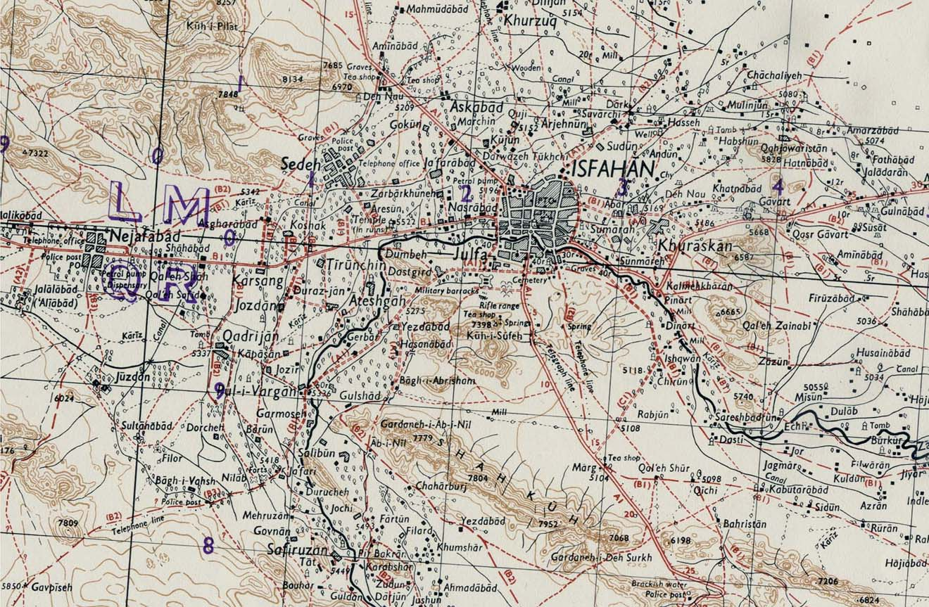 [تصویر:  Isfahan_iran_1942.jpg]