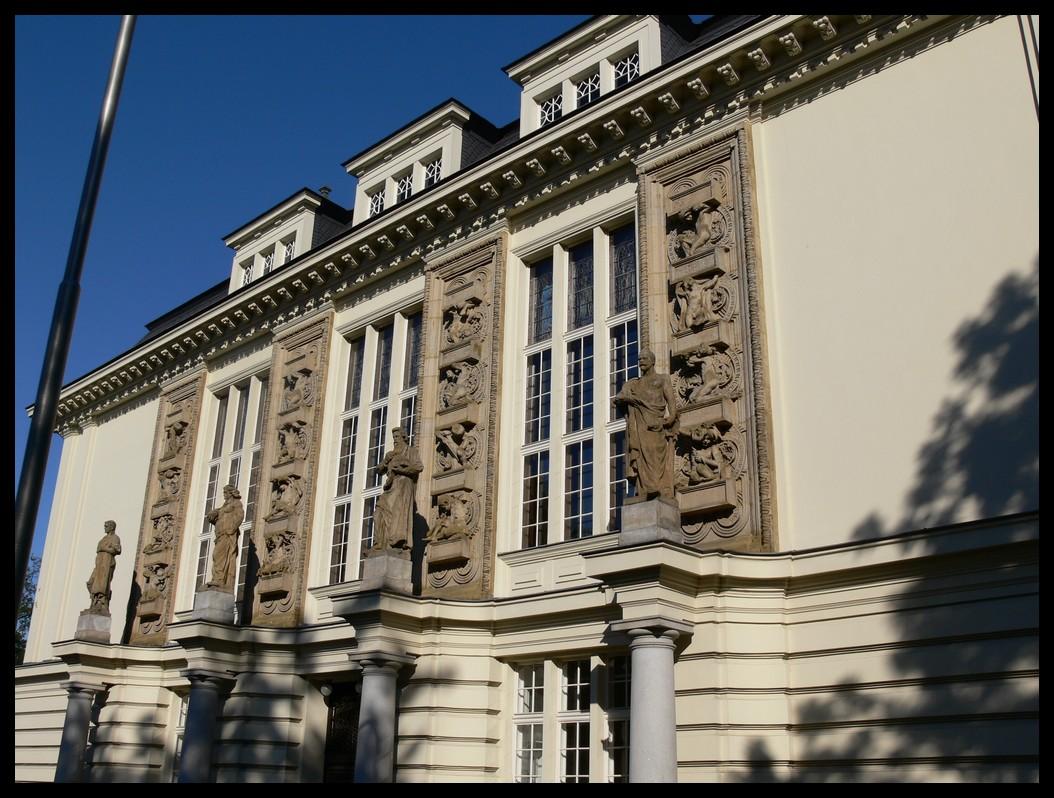6f2d32eb0c2 File Kulturní dům Petra Bezruče
