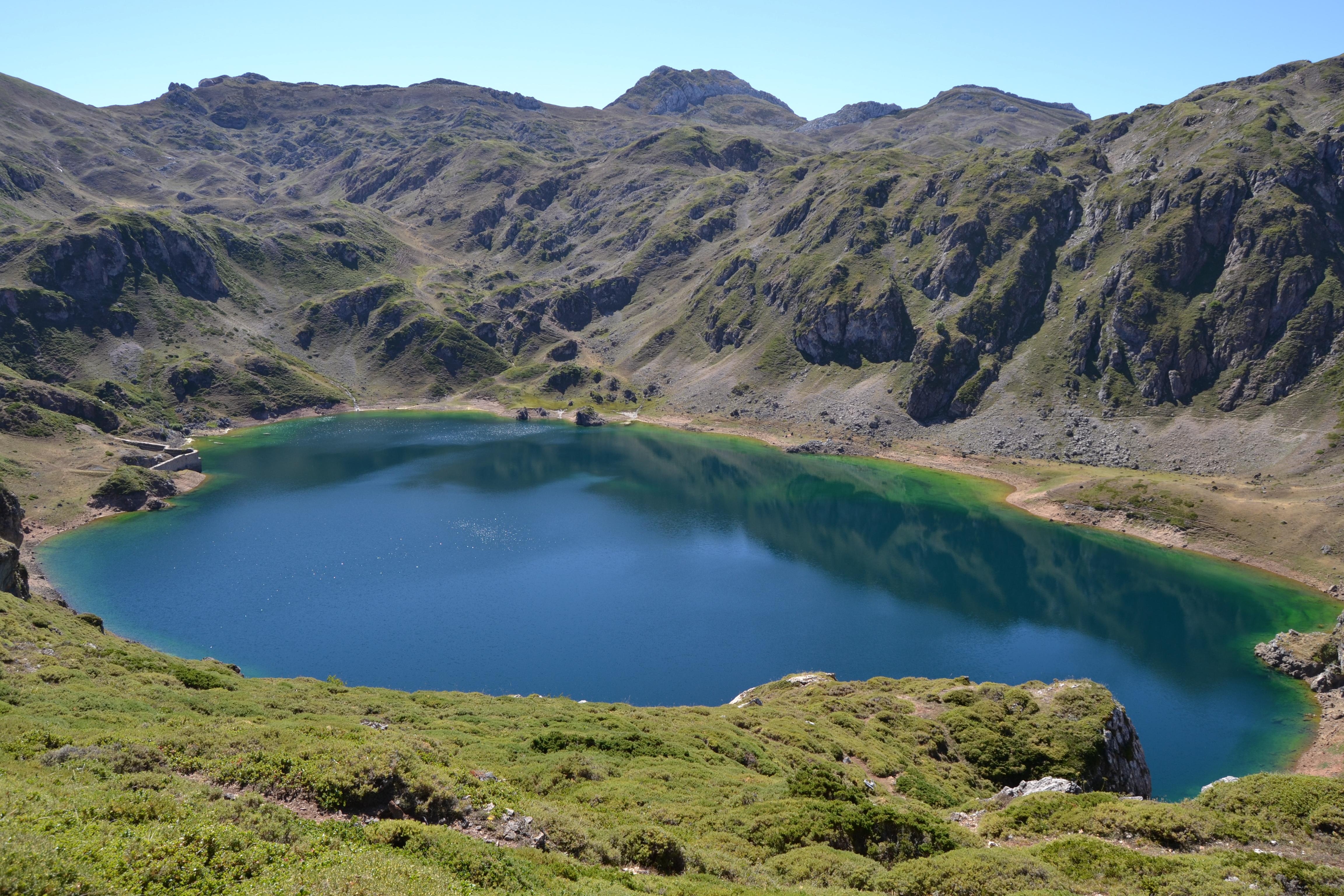 ¿Por qué existen los lagos de Saliencia?