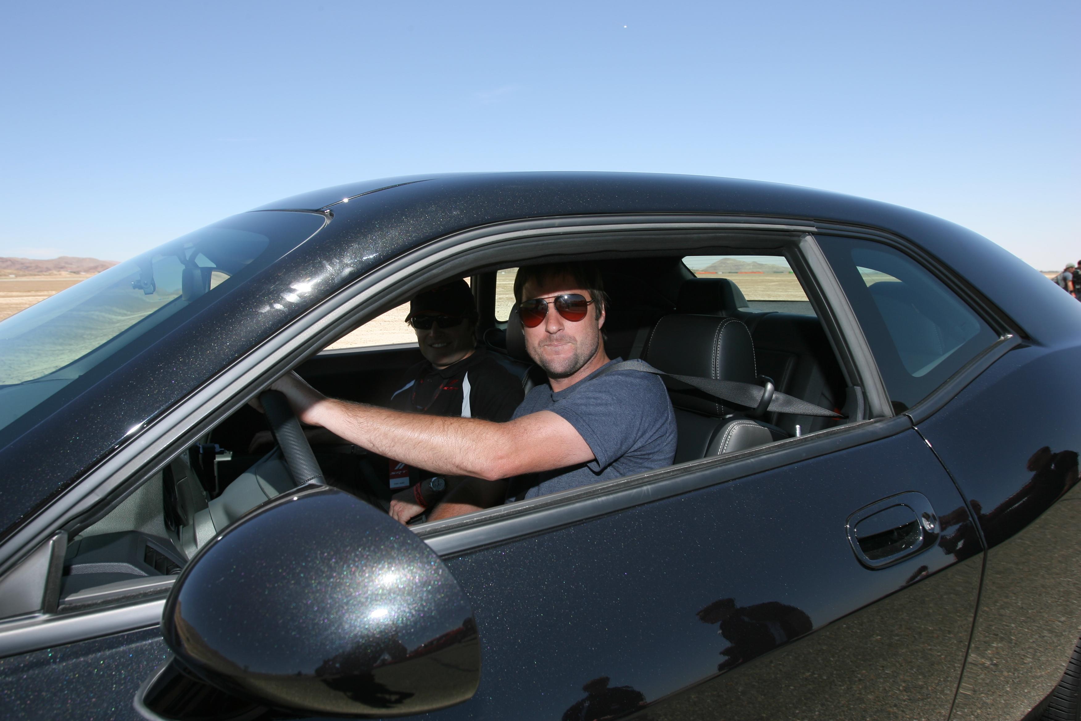 FileLuke Wilson In Carjpg Wikimedia Commons - In car