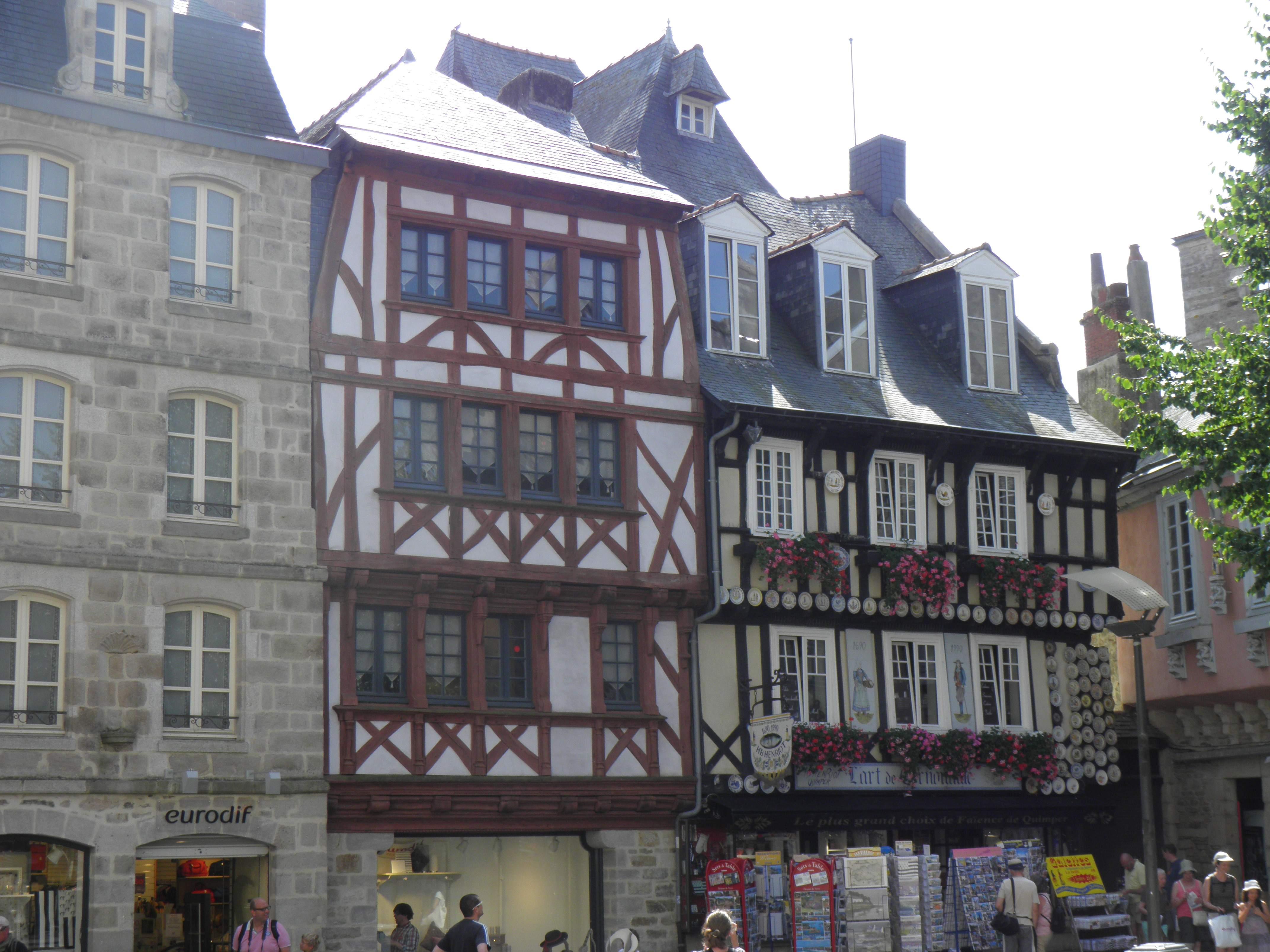 Maison quimper simple next with maison quimper beautiful for Deco maison quimper