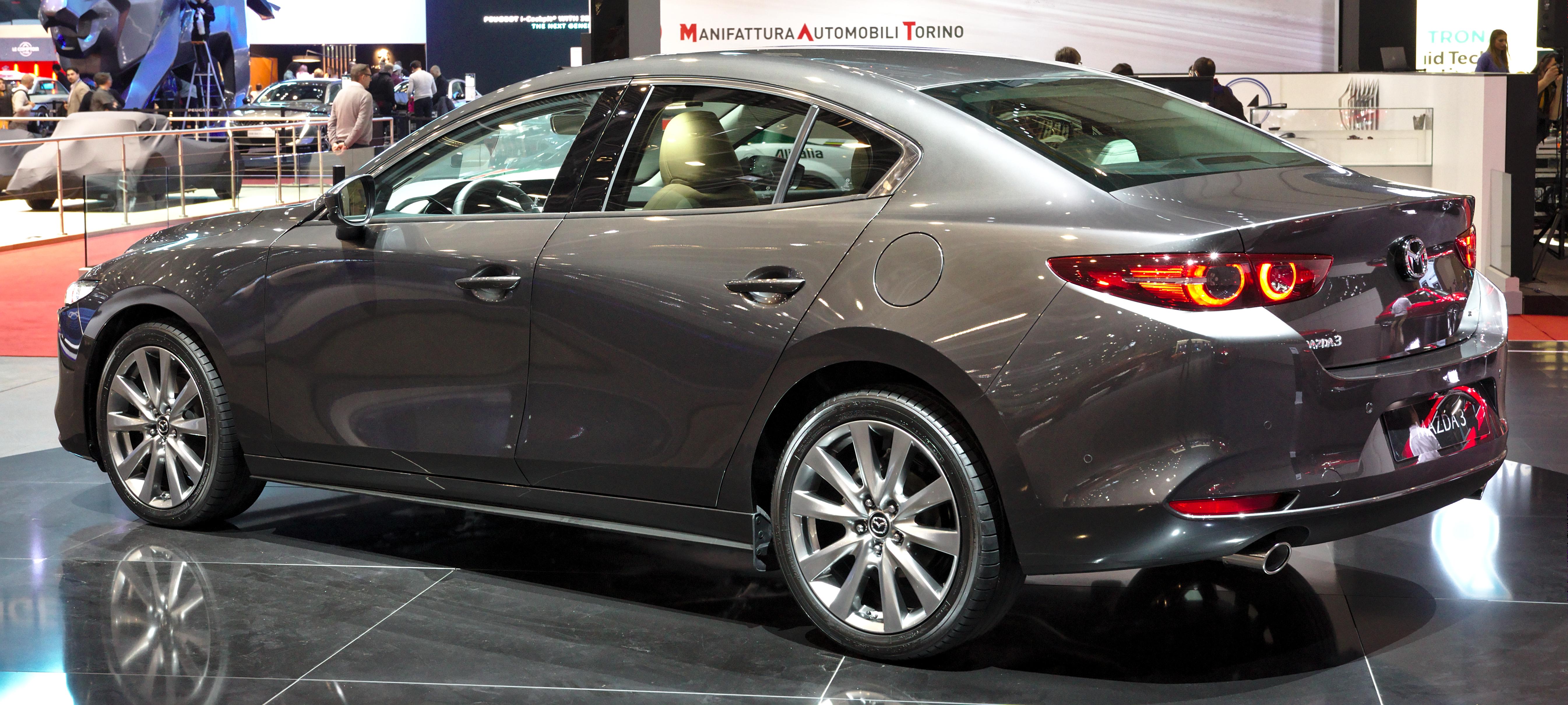 Kelebihan Kekurangan Mazda 3 Sedan Harga
