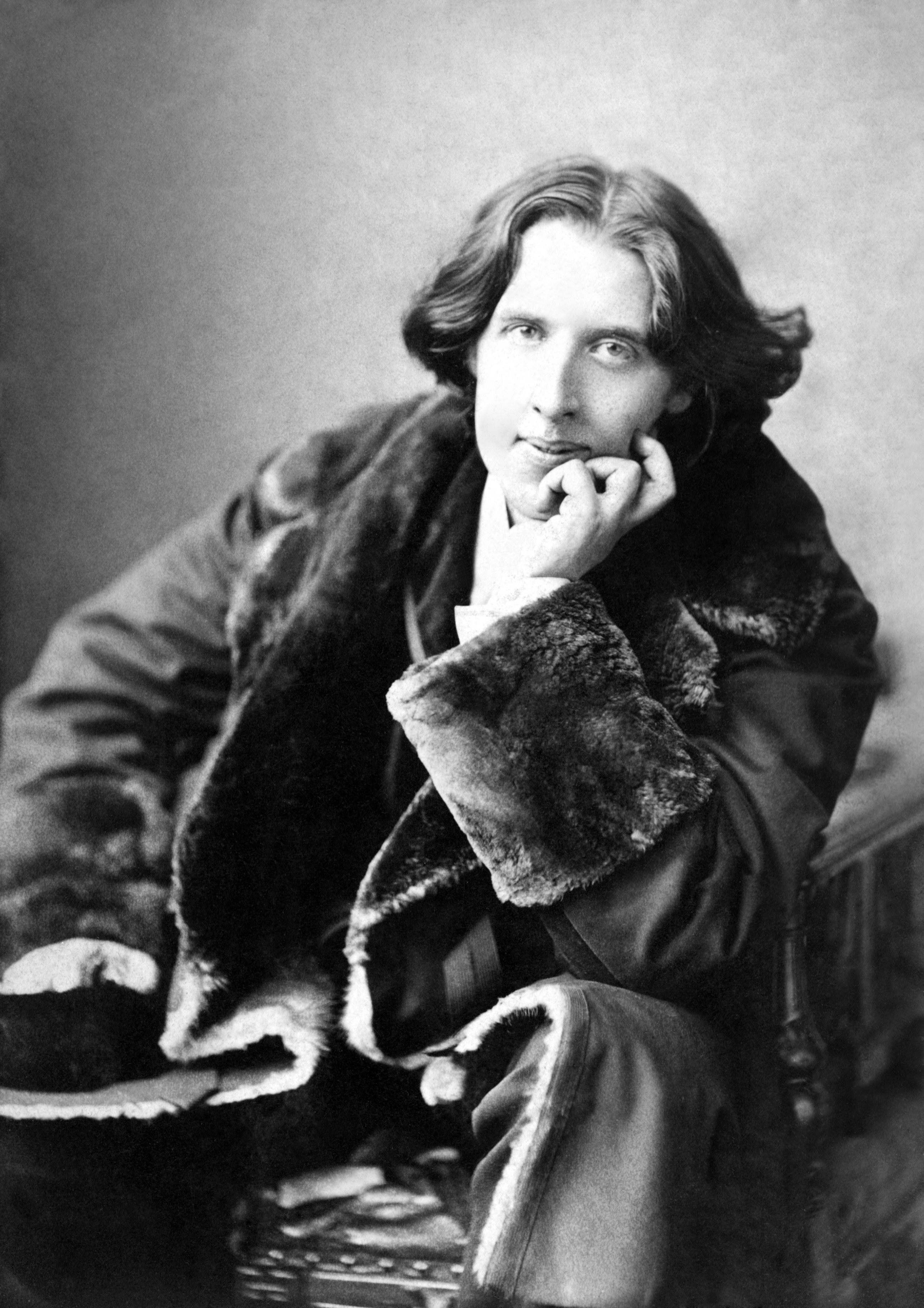 Historic english homes of lgbt heroes oscar wilde and benjamin britten
