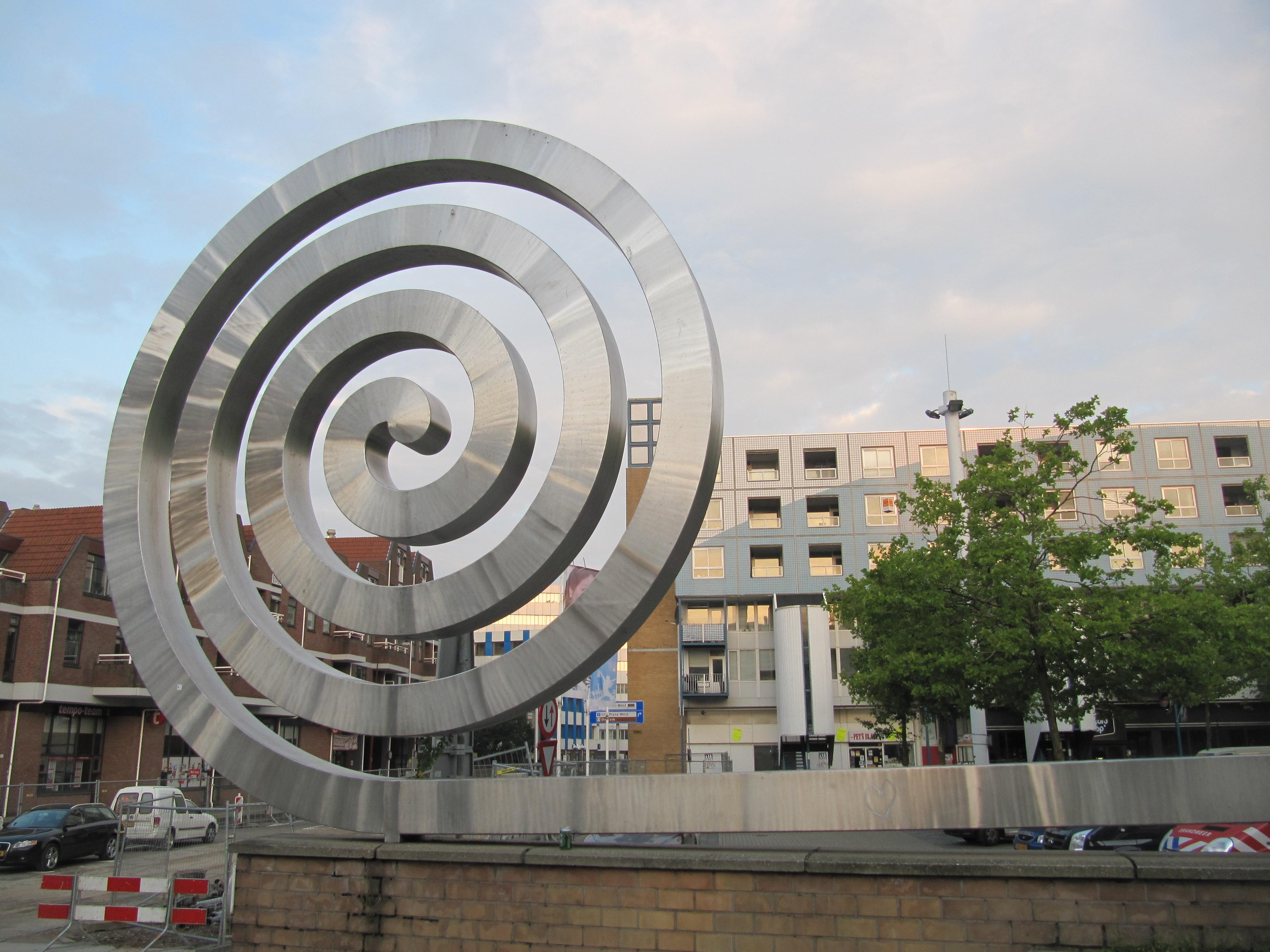Filenieuwegein Sculptuur De Krul Van Frans De Boer En
