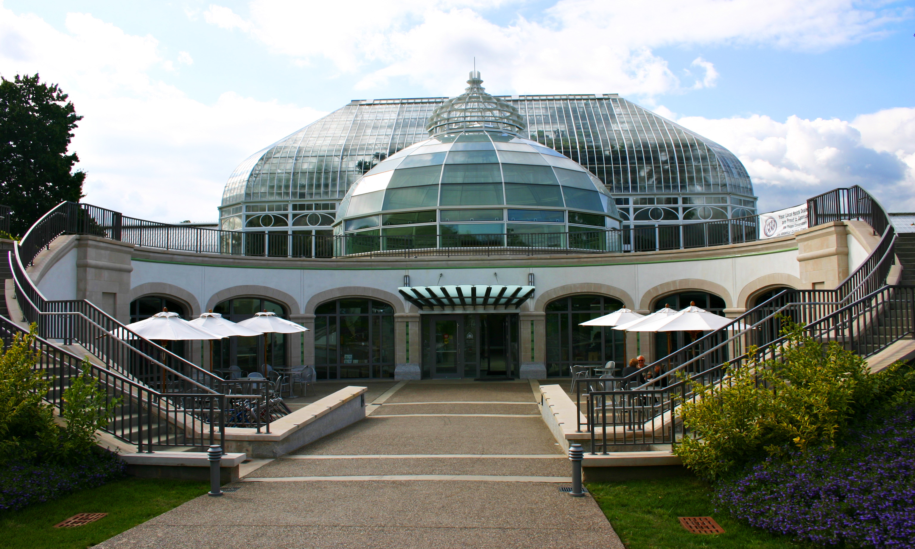Main entrance to Phipps Conservatory & Botanic...