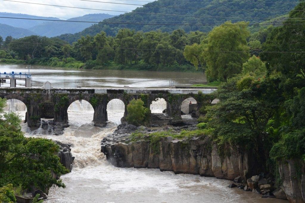 """ 21 de agosto de 1579: se propone la construcción del puente sobre el río """"Los Esclavos"""""""