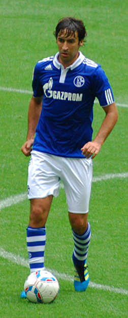 Raul, then all-time top goalscorer in European club competitions, played for Schalke from 2010 to 2012. Raul Gonzalez Blanco Schalke.jpg