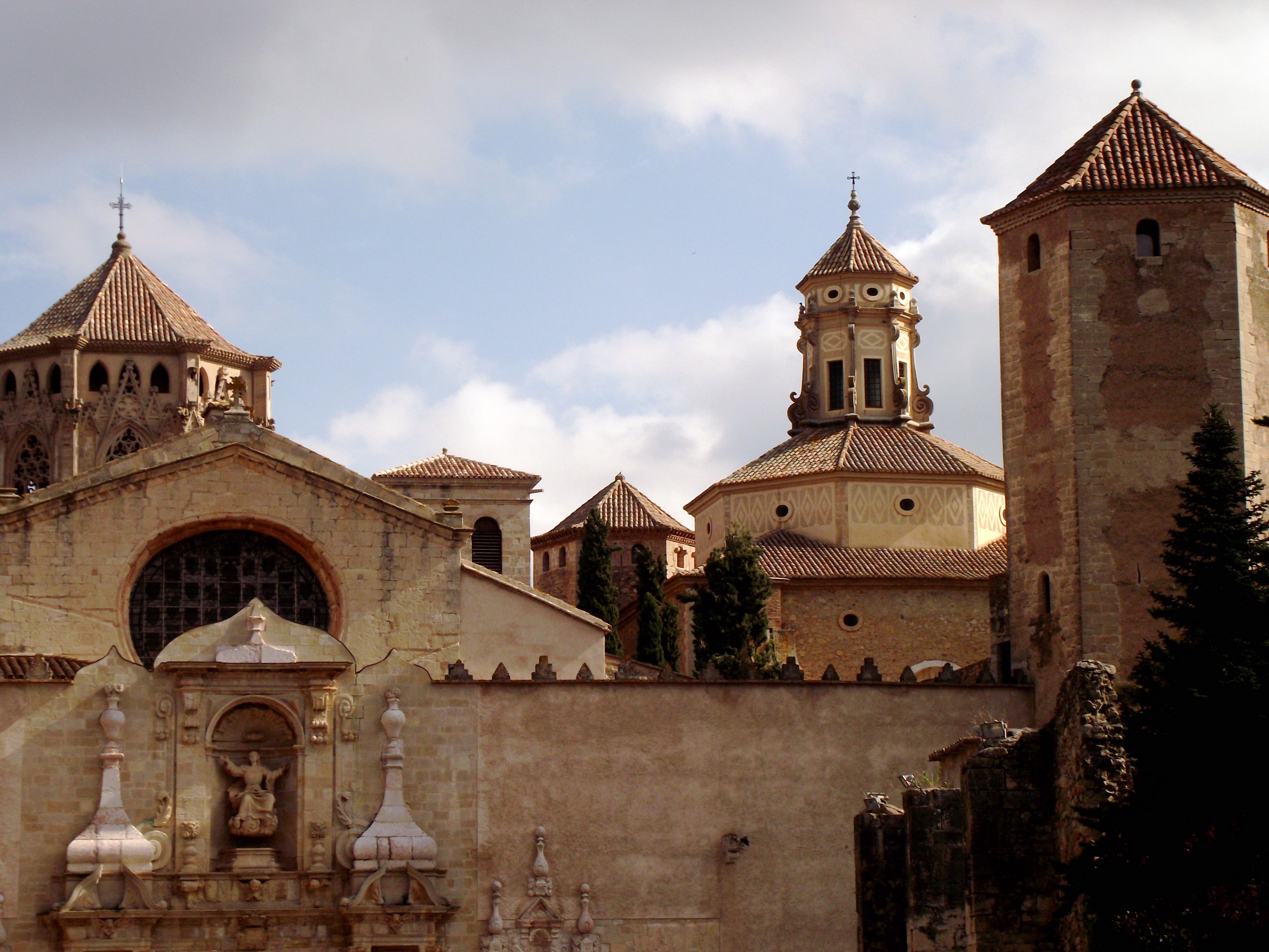 File:Reial Monestir de Santa Maria de Poblet (Vimbodí i Poblet) - 56.jpg - Wi...