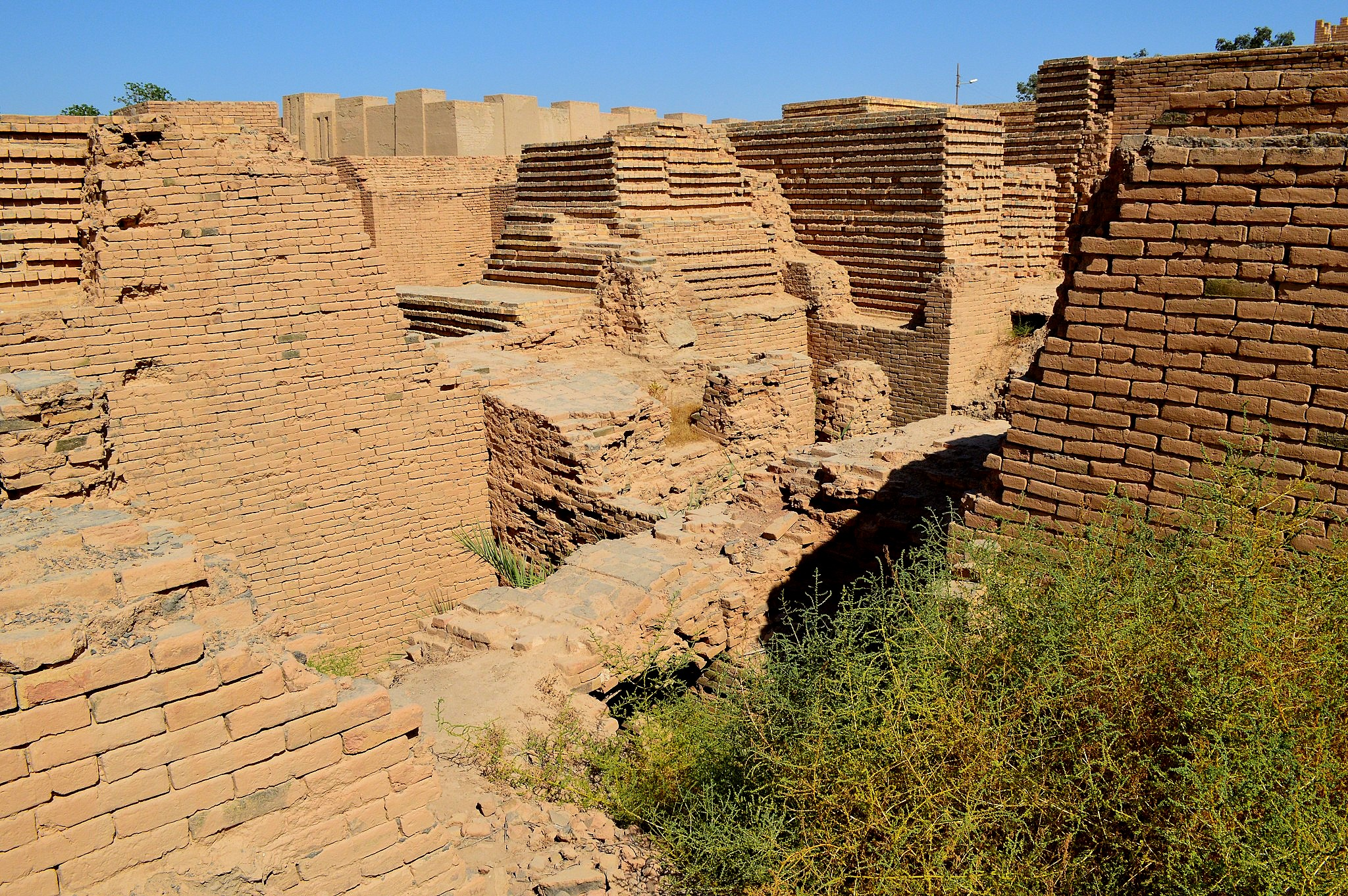 File:Ruins of the ancient city of Babylon, Iraq, 6th ...