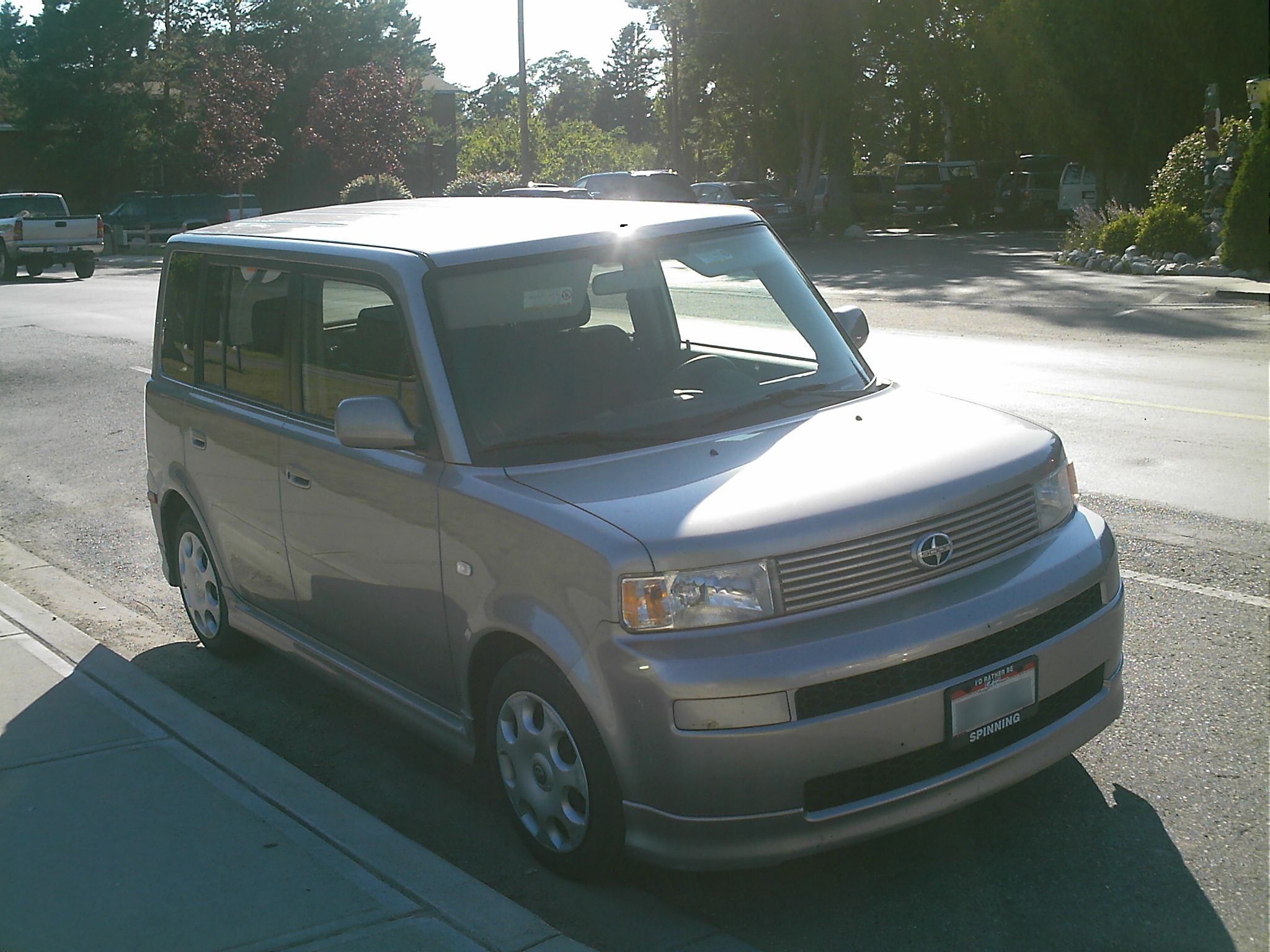 File scion xb 2005 jpg