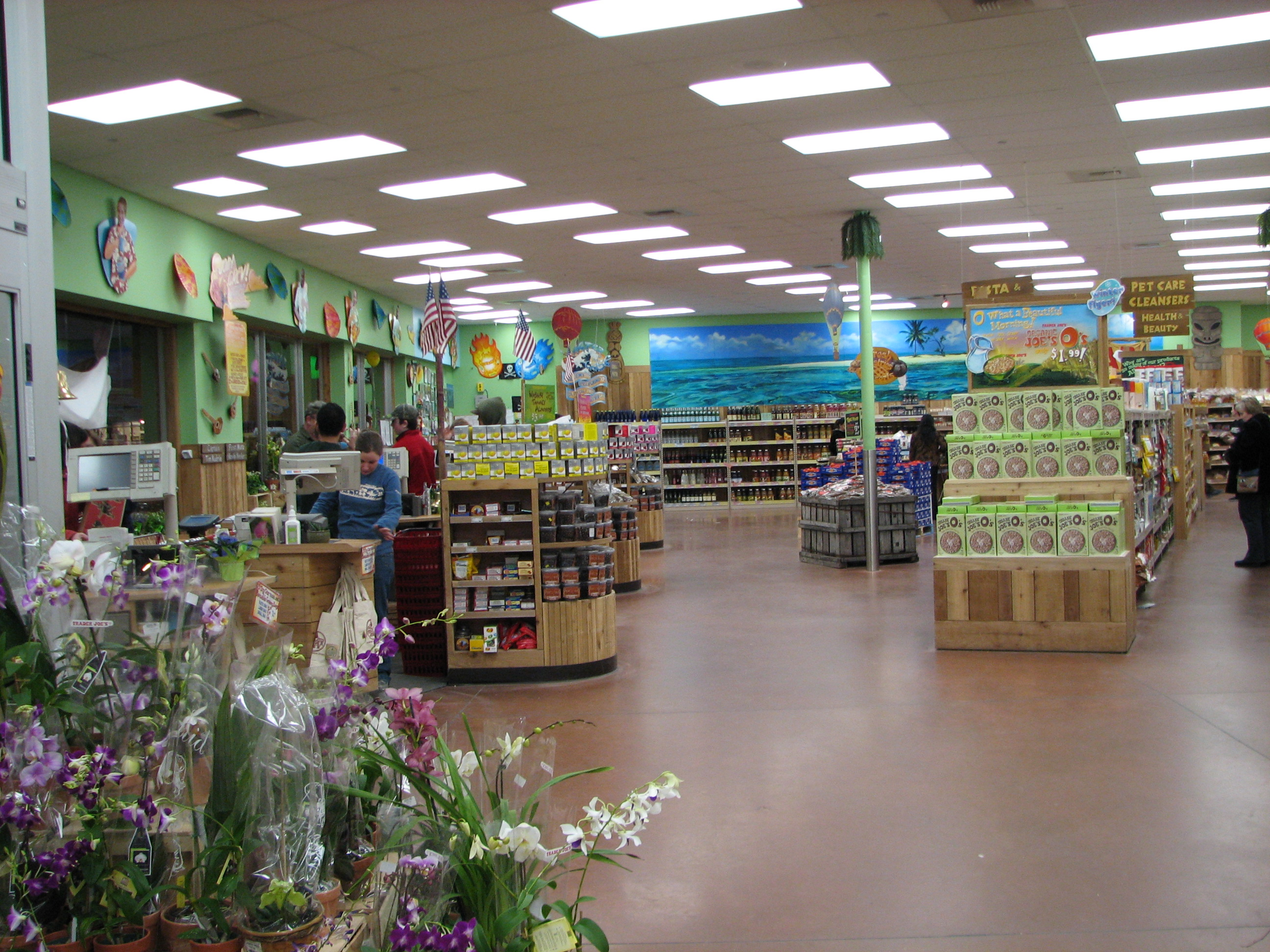 - Trader_Joe's_West_Hartford_3