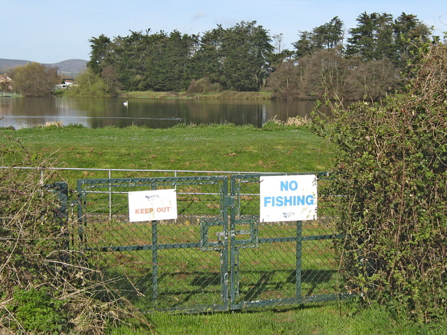 Welcome signs at ashford reservoir Taunton swimming pool station road