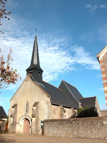 Fichier:Église de Muides-sur-Loire pendant l'été 2009.jpg