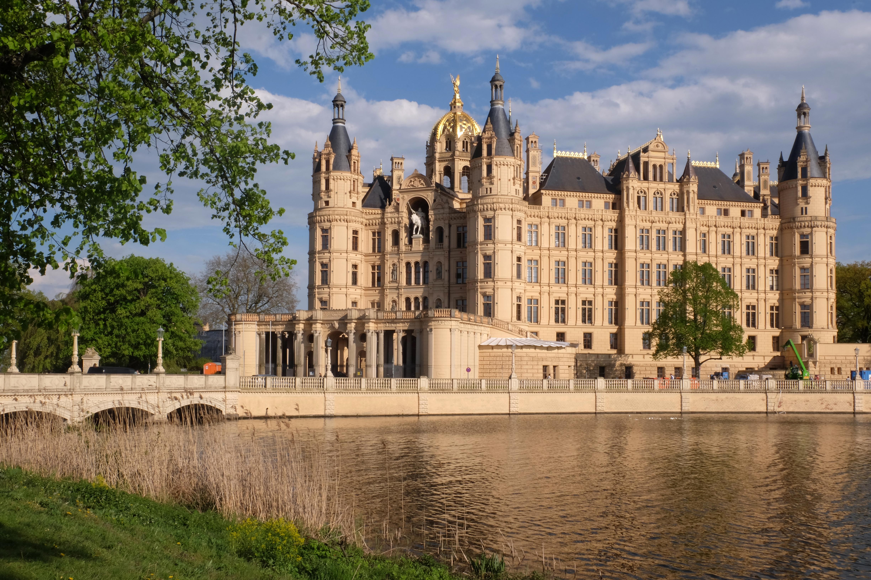 15-05-05-Schloß-Schwerin-RalfR-DSCF5162-6.jpg