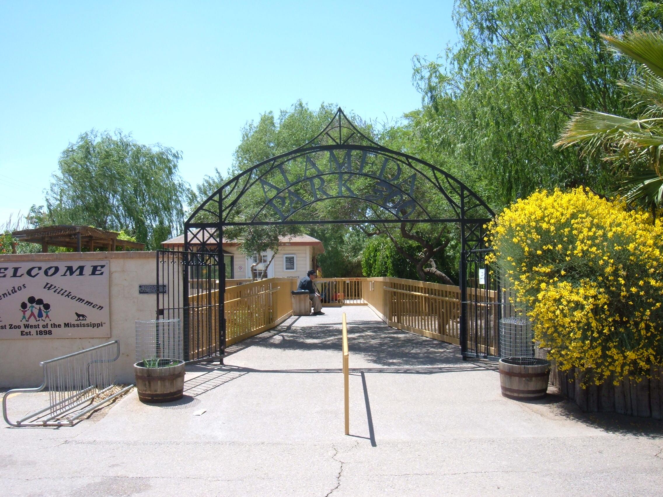 File Alameda Park Zoo Entrance Jpg
