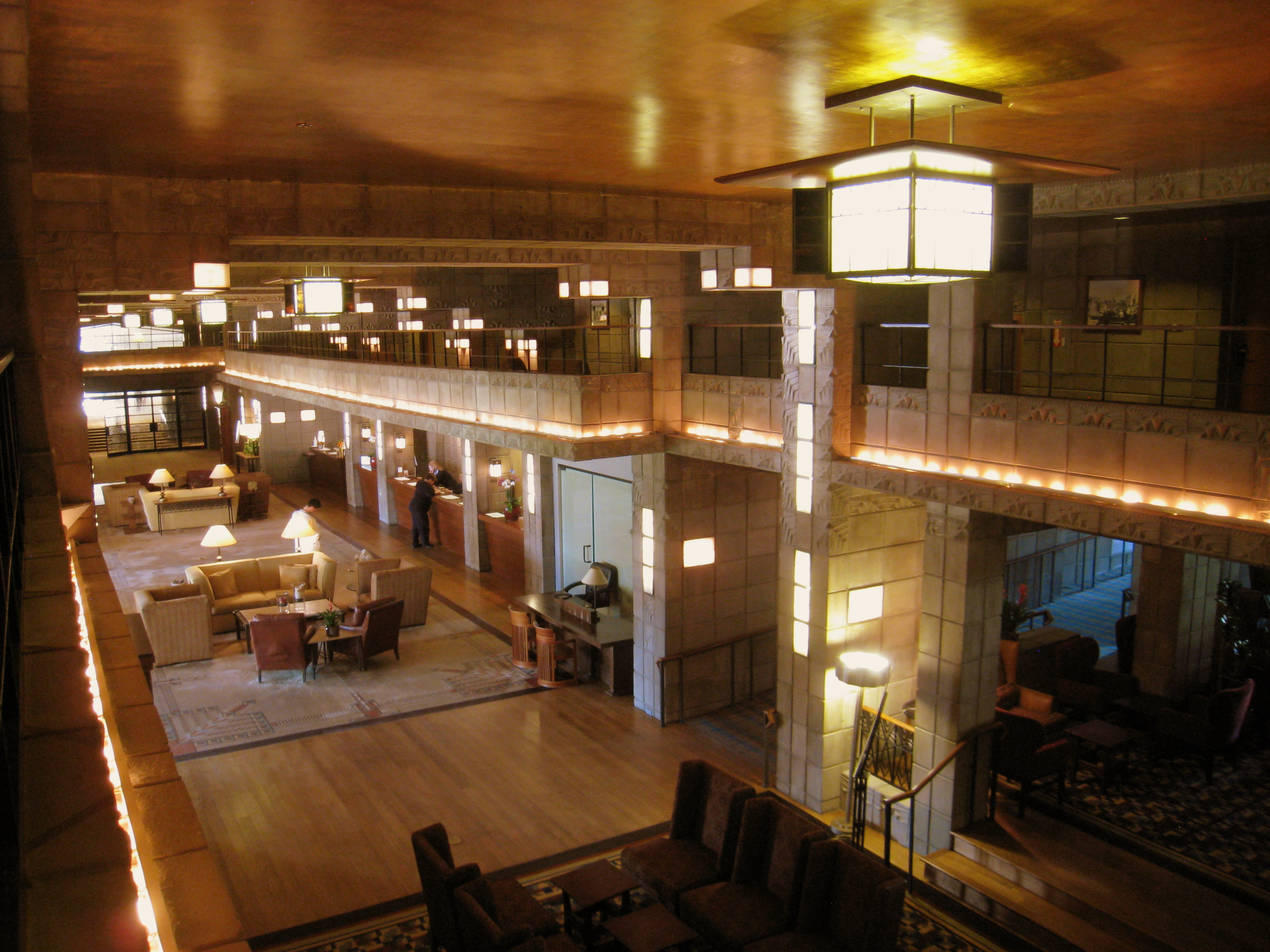 File:Arizona Biltmore - interior 3.JPG - Wikimedia Commons