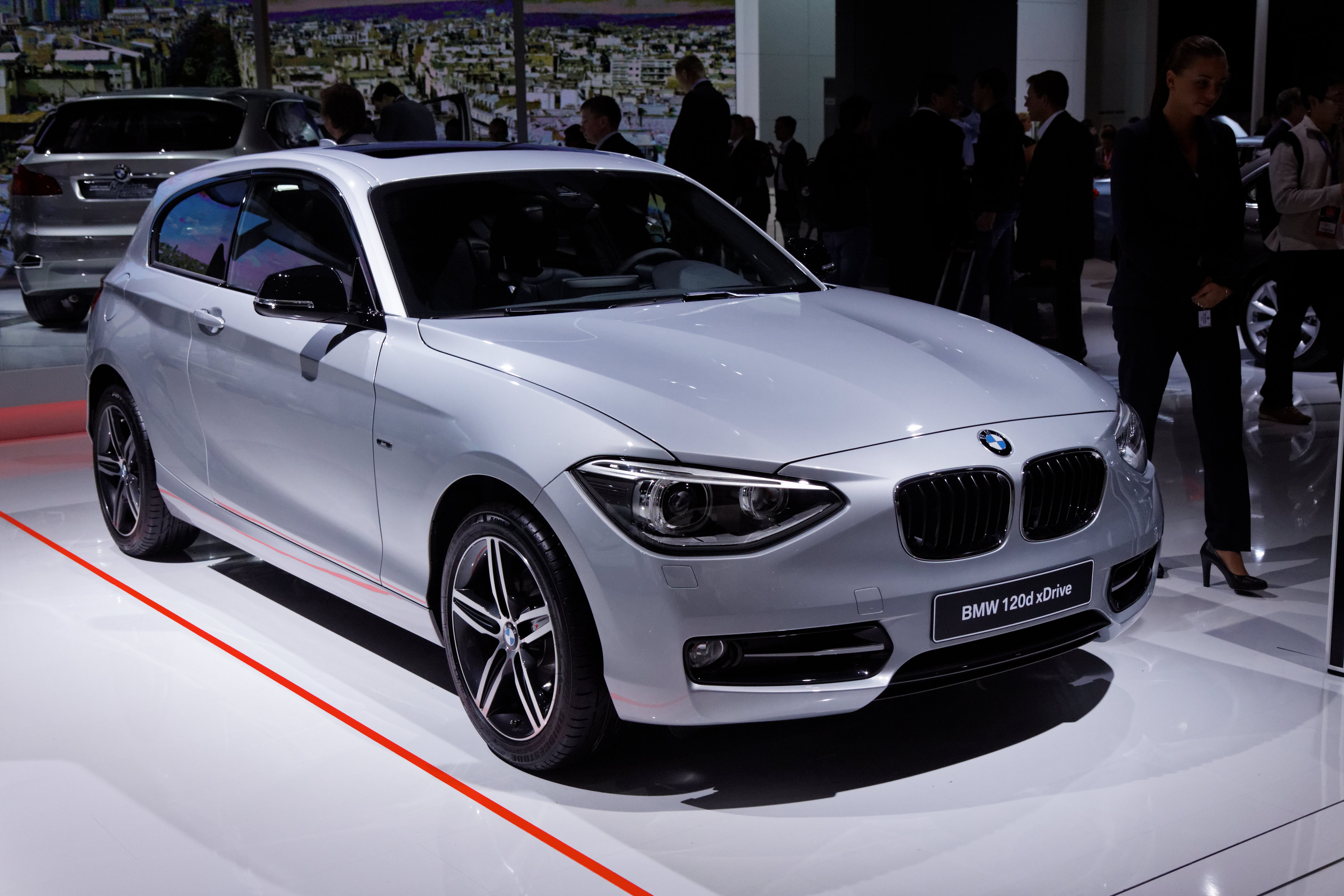 file bmw 120d xdrive mondial de l 39 automobile de paris 2012 wikimedia commons. Black Bedroom Furniture Sets. Home Design Ideas
