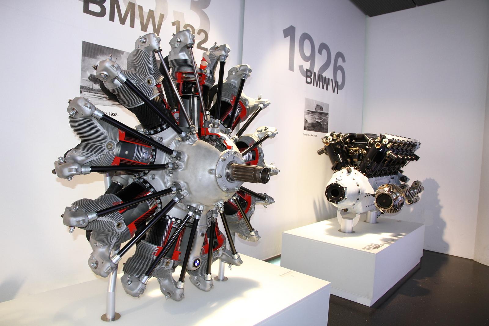 Arado Ar 196 B | Revell | N° 04922 | 1/32 BMW_132_engine