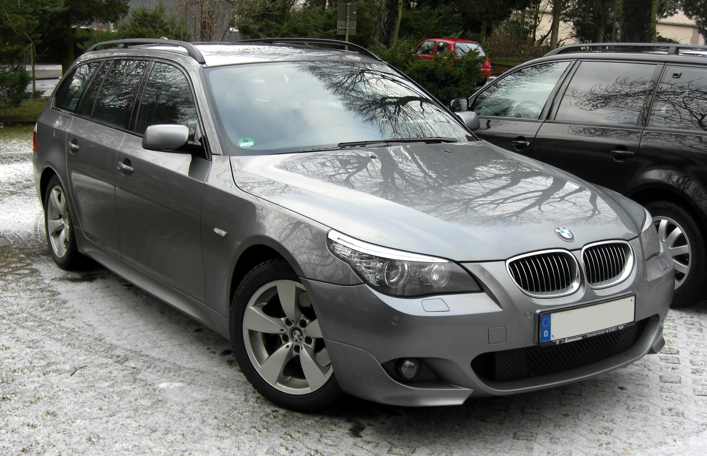 File Bmw 5er Touring Front Jpg Wikimedia Commons
