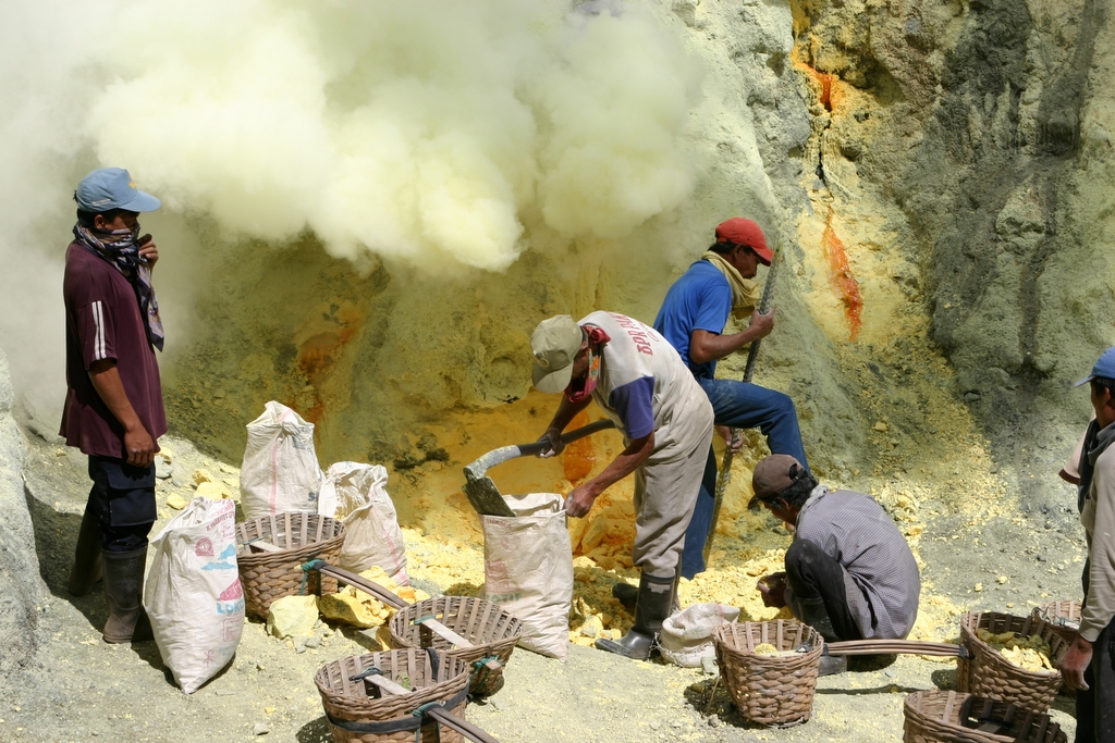 Blethrow Ijen4.JPG
