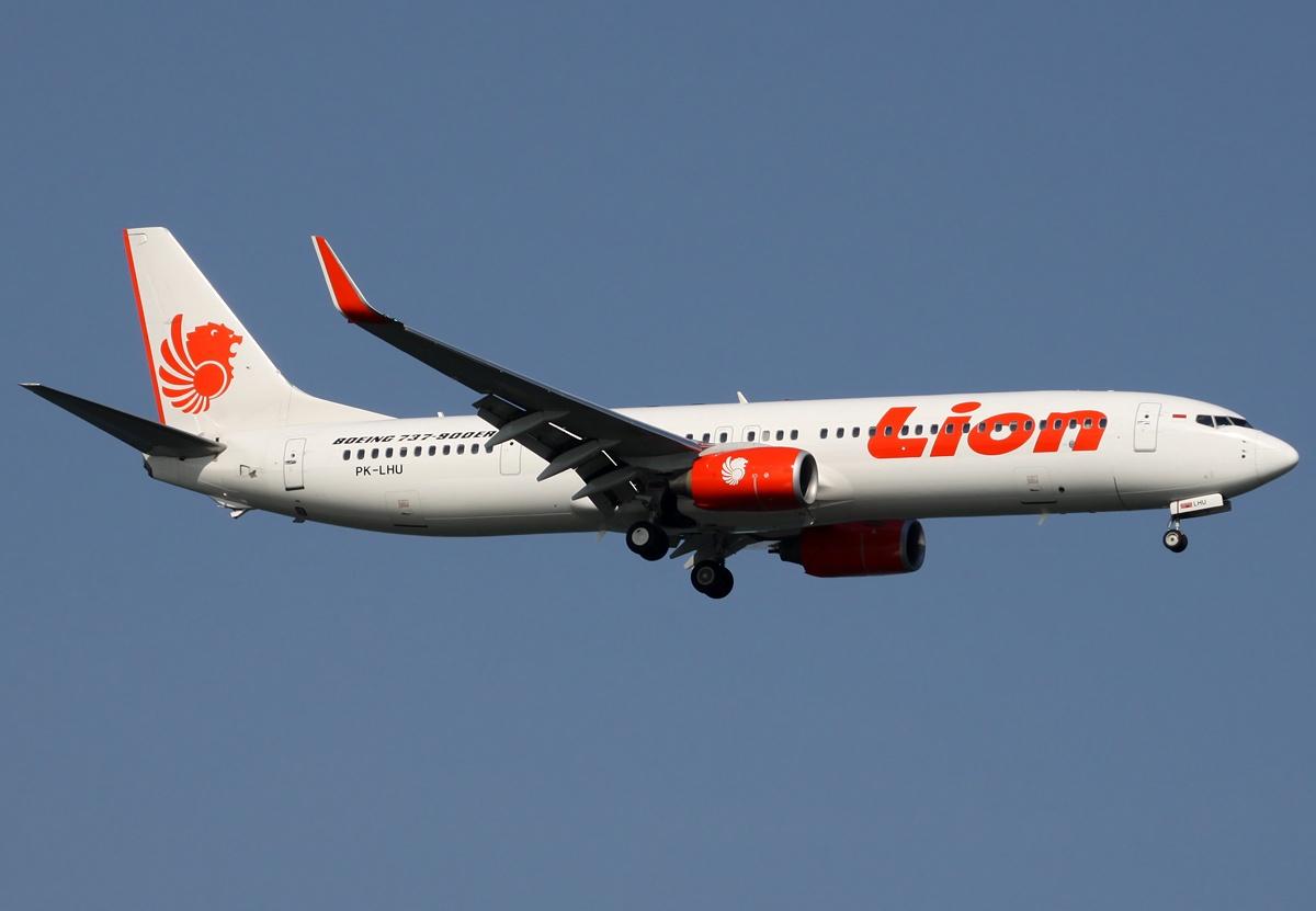 Boeing_737-900ER_Lion_Air_Spijkers.jpg