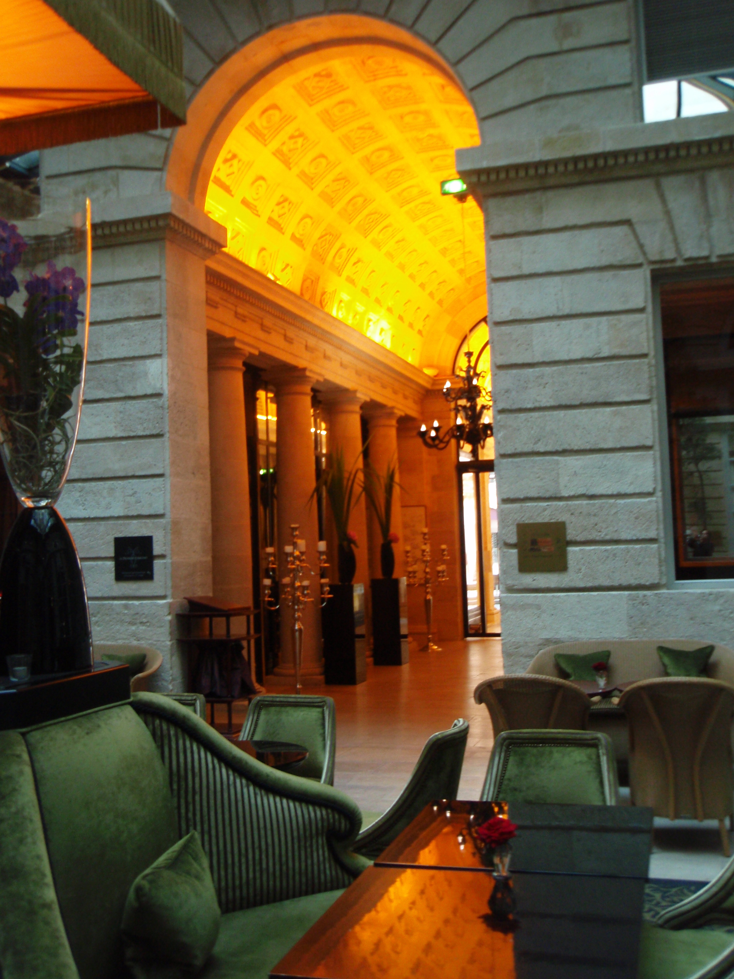 Grand Hotel Bordeaux Bar