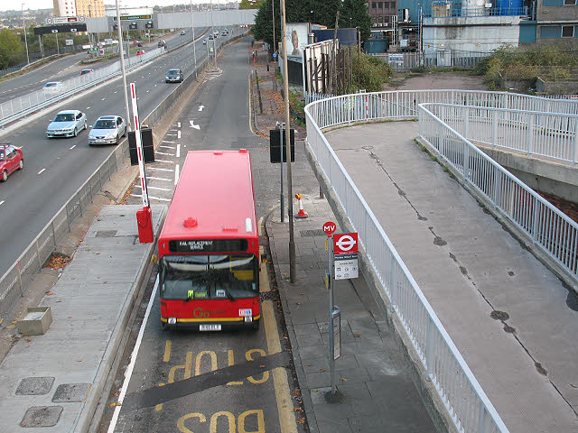 File:Bus stop at the end of Blackwall Lane - geograph.org.uk - 1572327.jpg