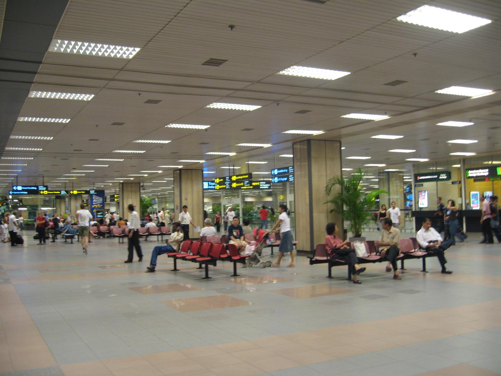 file changi airport terminal 1 arrival hall jpg. Black Bedroom Furniture Sets. Home Design Ideas