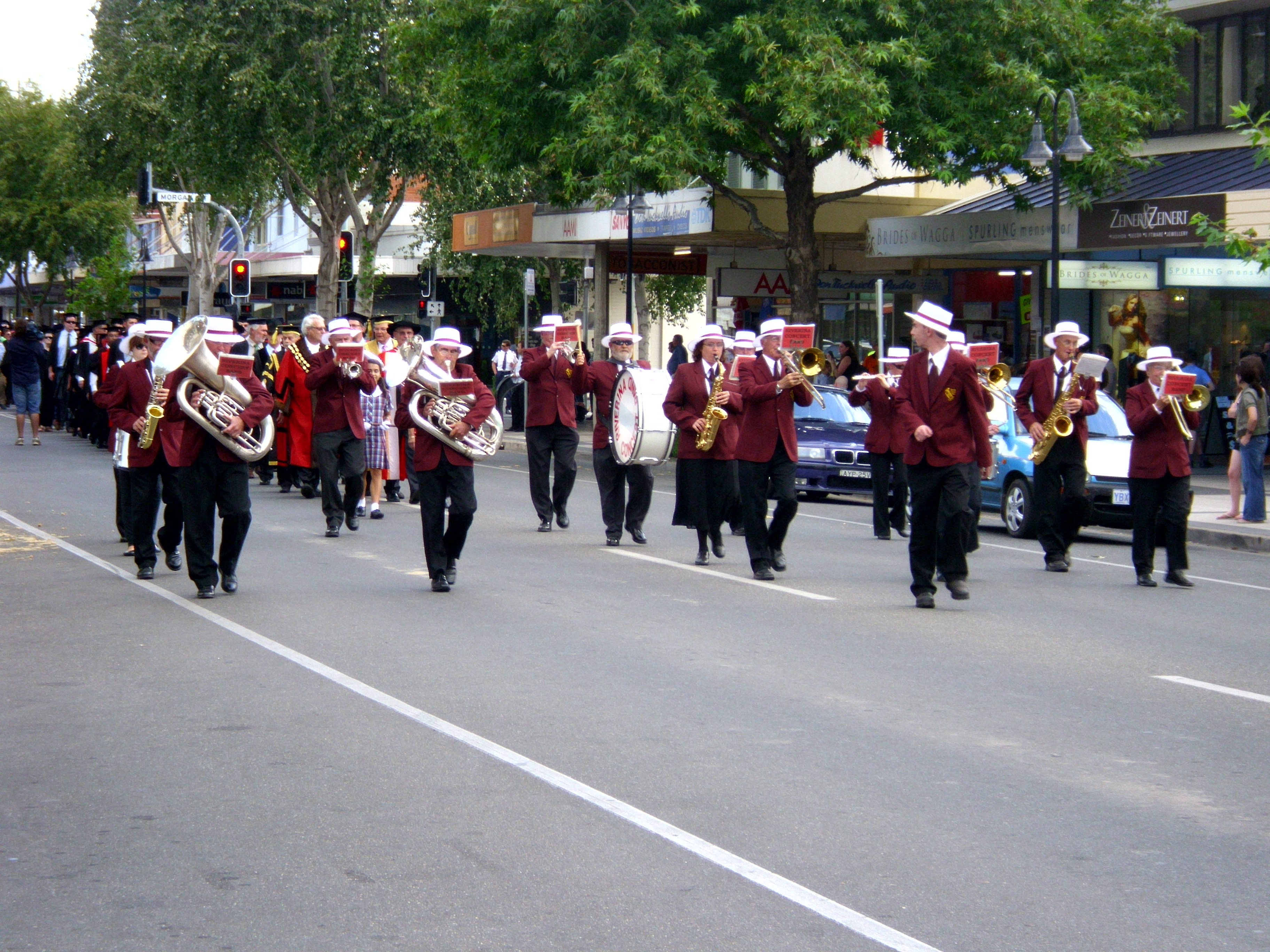 File:Charles Sturt University Town and Gown academic procession down ...