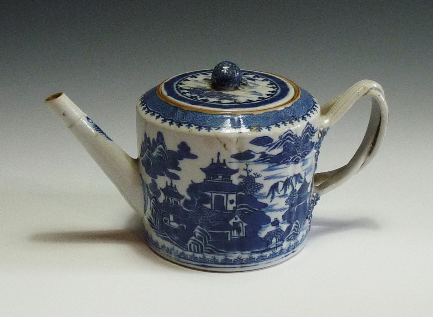 Victorian Hand Painted Porcelain Aurora Xo
