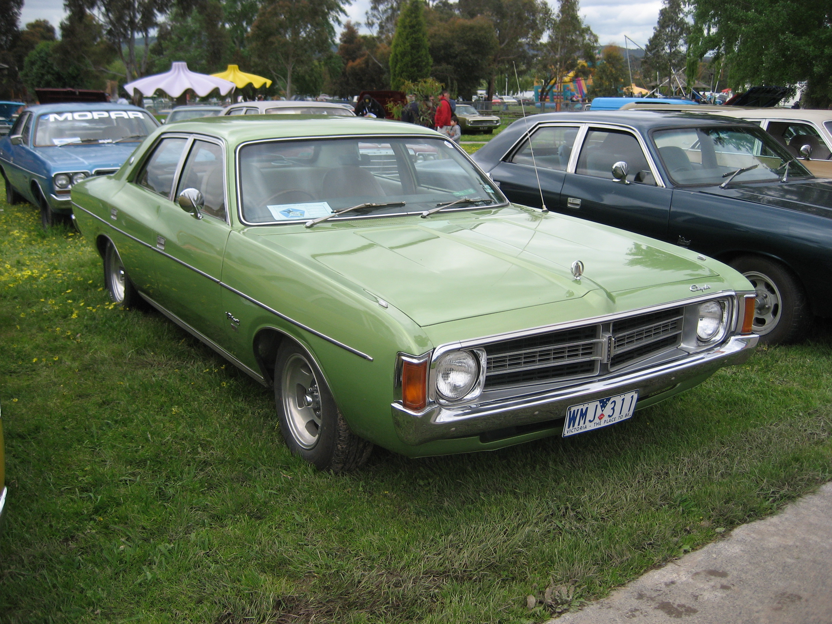 Description chrysler valiant vk regal sedan jpg