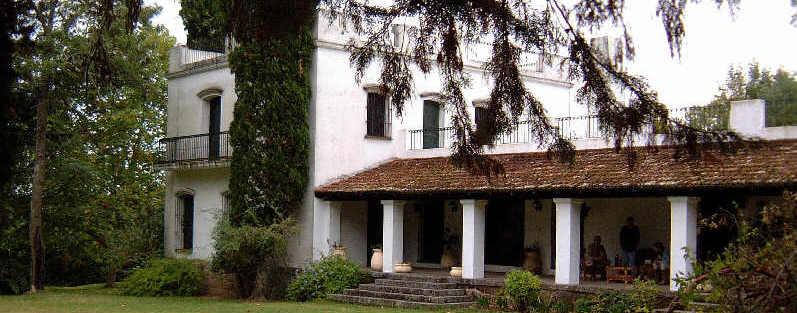 Villa De Bonita Condos