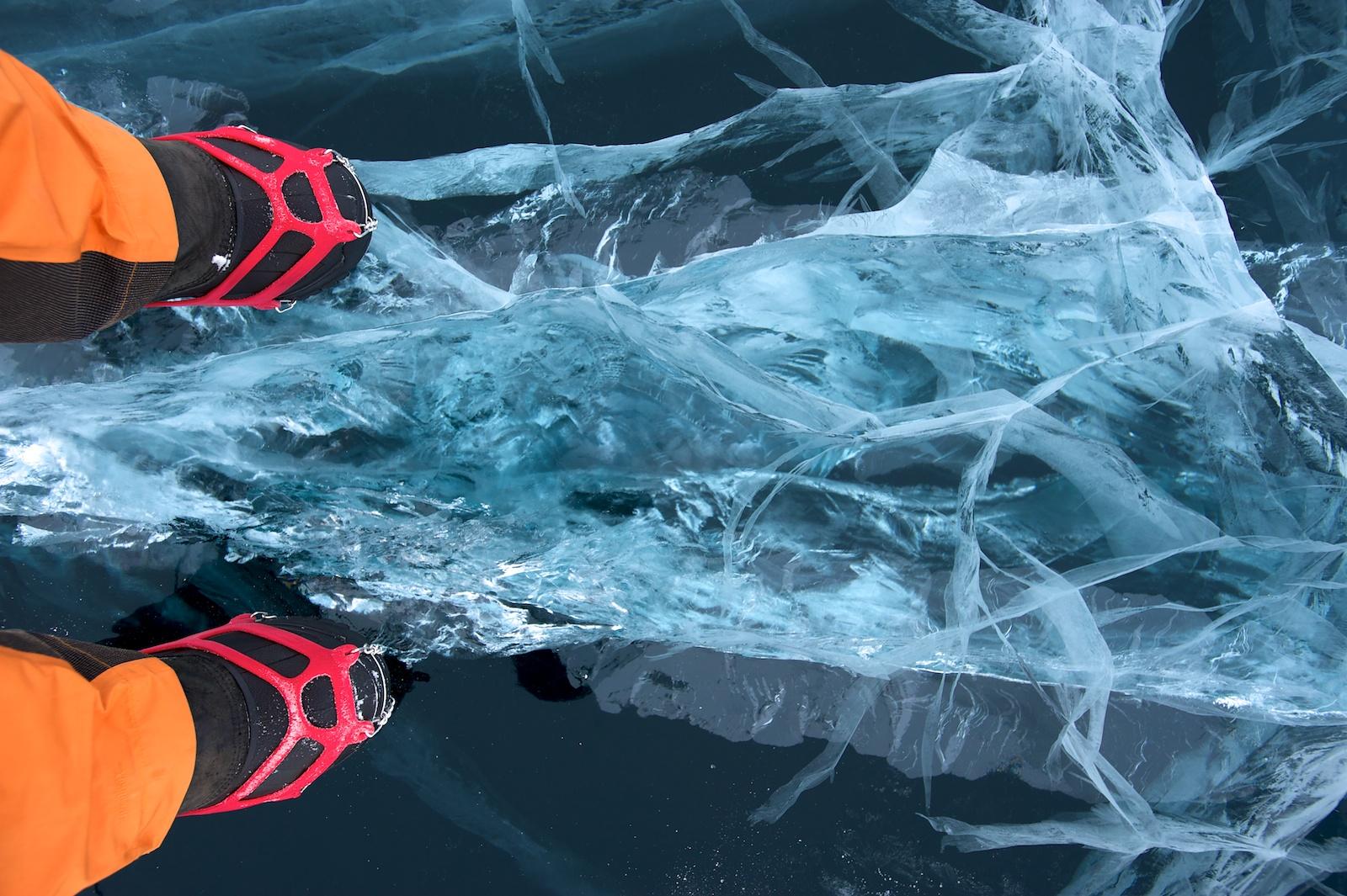 При какой температуре встает лед на реке