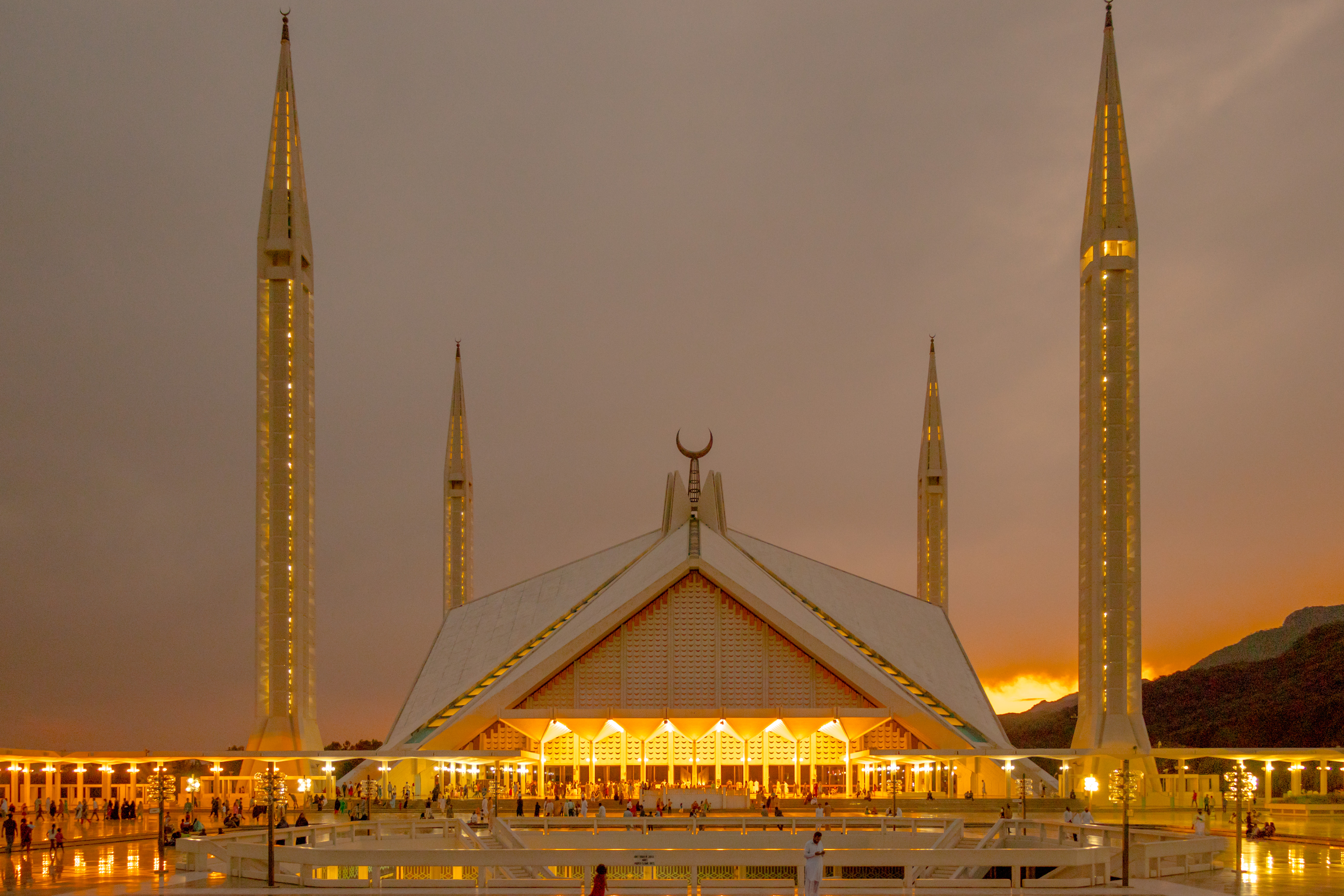 File Faisal Mosque Islamabad 08 Jpg Wikimedia Commons