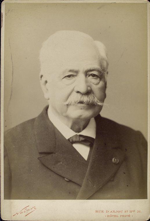 File:Ferdinand de Lesseps by Nadar.jpg