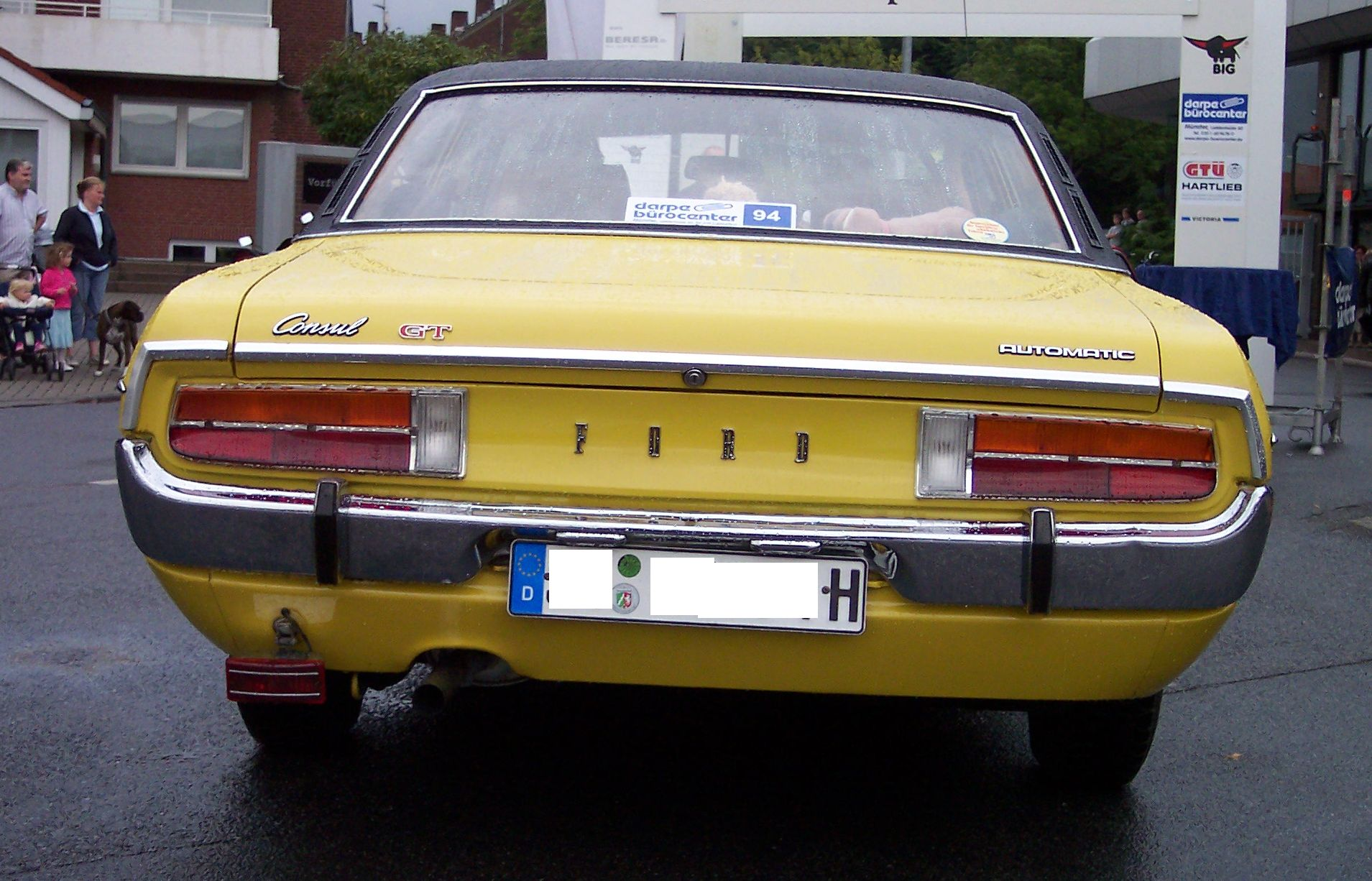 File ford consul gt 2 3 v6 yellow wikimedia commons for Consul wikipedia