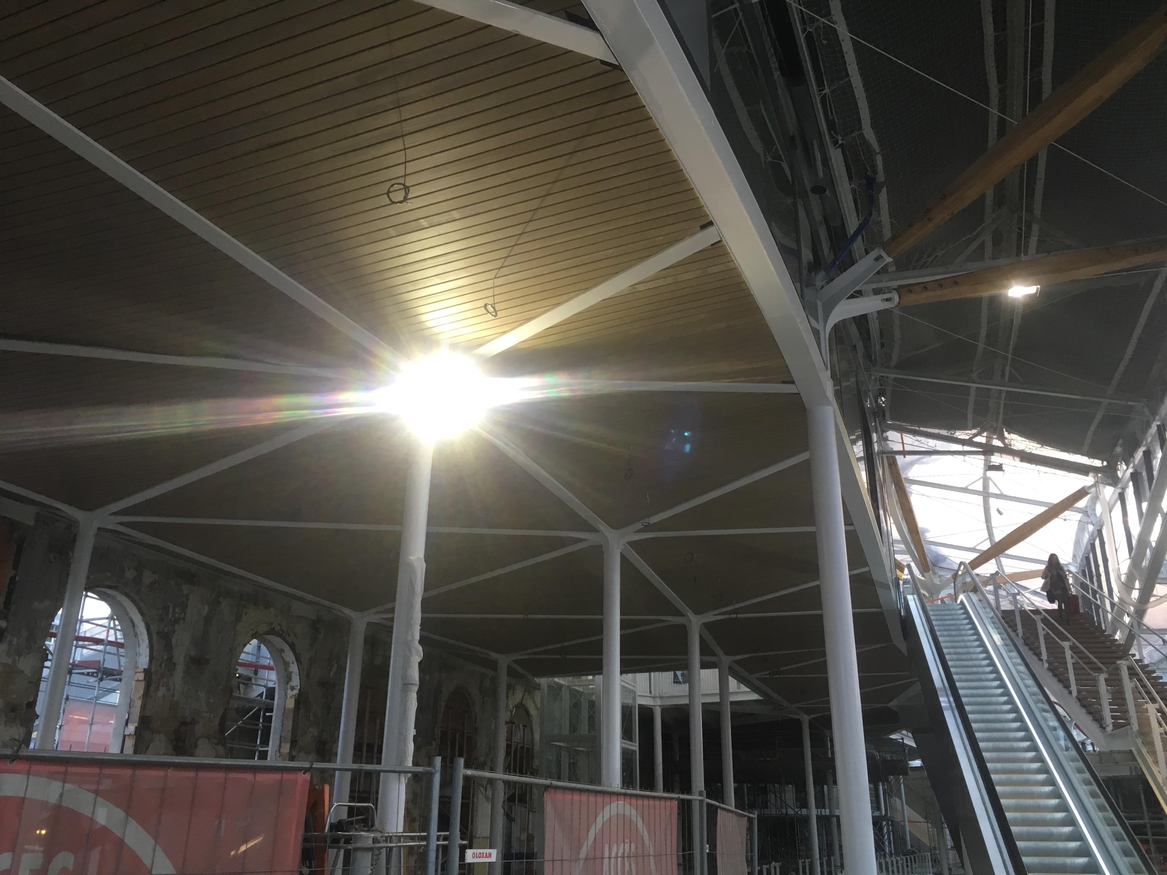 Gare de Rennes - Rénovation avril 2018 (12).jpg Français : Aperçu de la rénovation de la Gare de Rennes prise en avril 2018 Date 5 April 2018