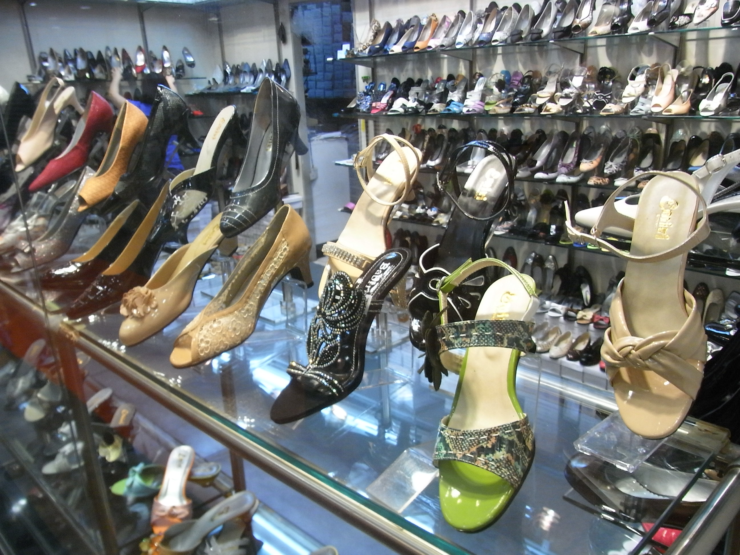 Shoe Shops In Main Street Hahndorf