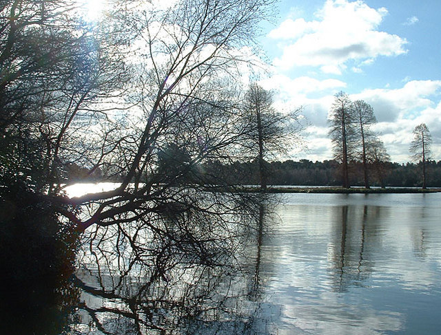 Hawley Lake in Winter, 2006 - geograph.org.uk - 129536