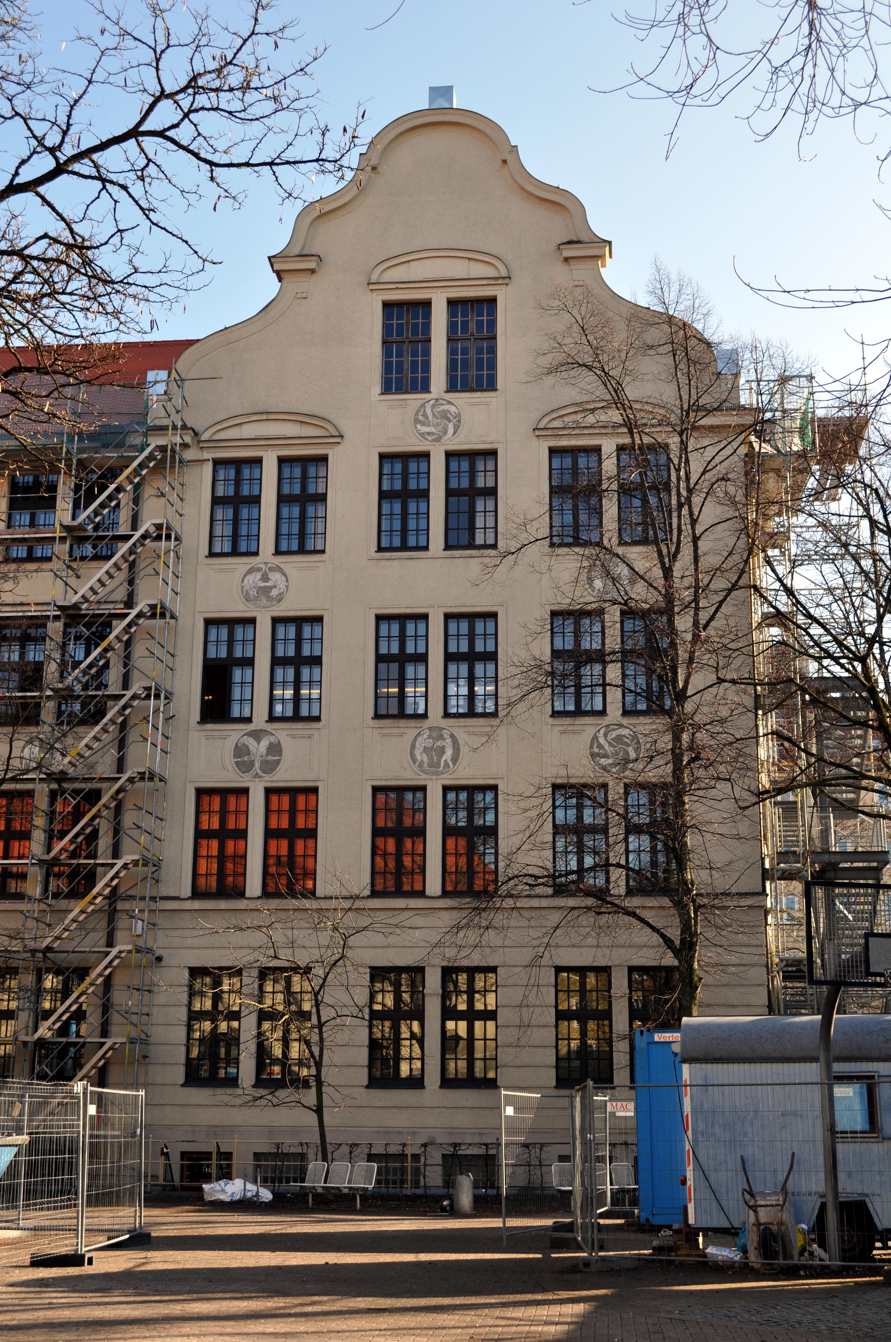 FileHermann Frieb Realschule Rckgebude 2JPG