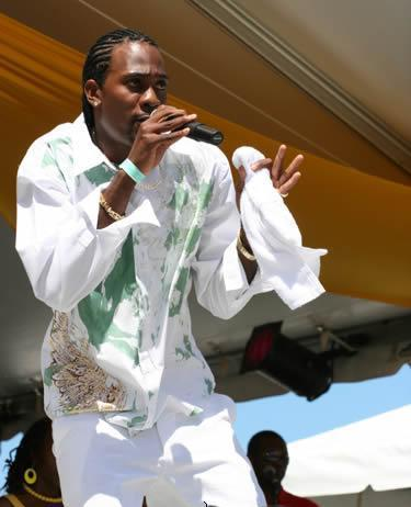 Bajan artist Hypasounds performing Hypasounds.jpg