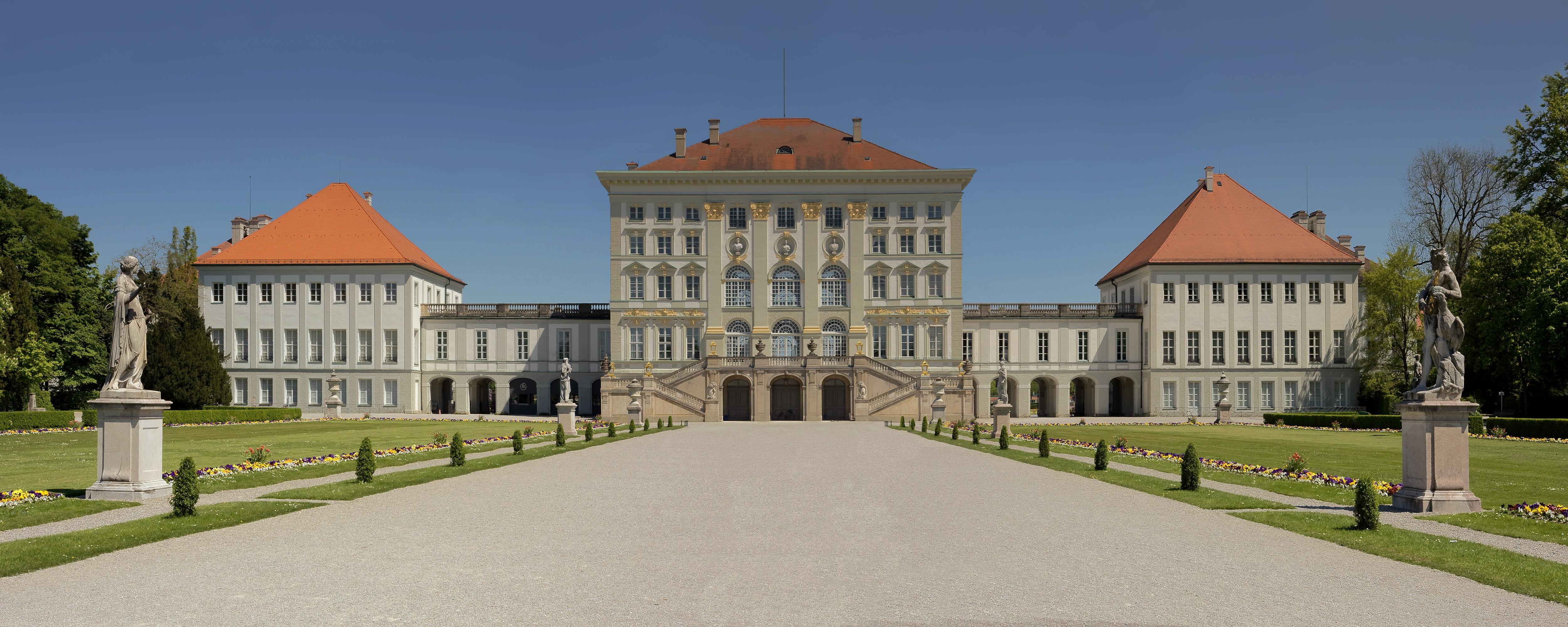 File:Image-Schloss Nymphenburg Munich CC.jpg - Wikimedia ...