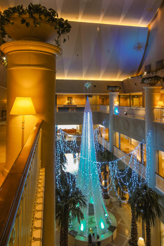 File Kobe Meriken Park Oriental Hotel Atrium Lobby 20170107 001 Jpg