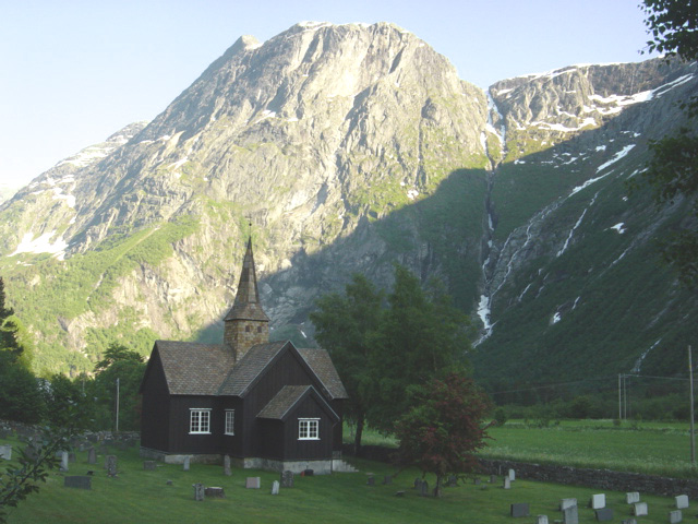 Billedresultat for korskirken i romsdalen