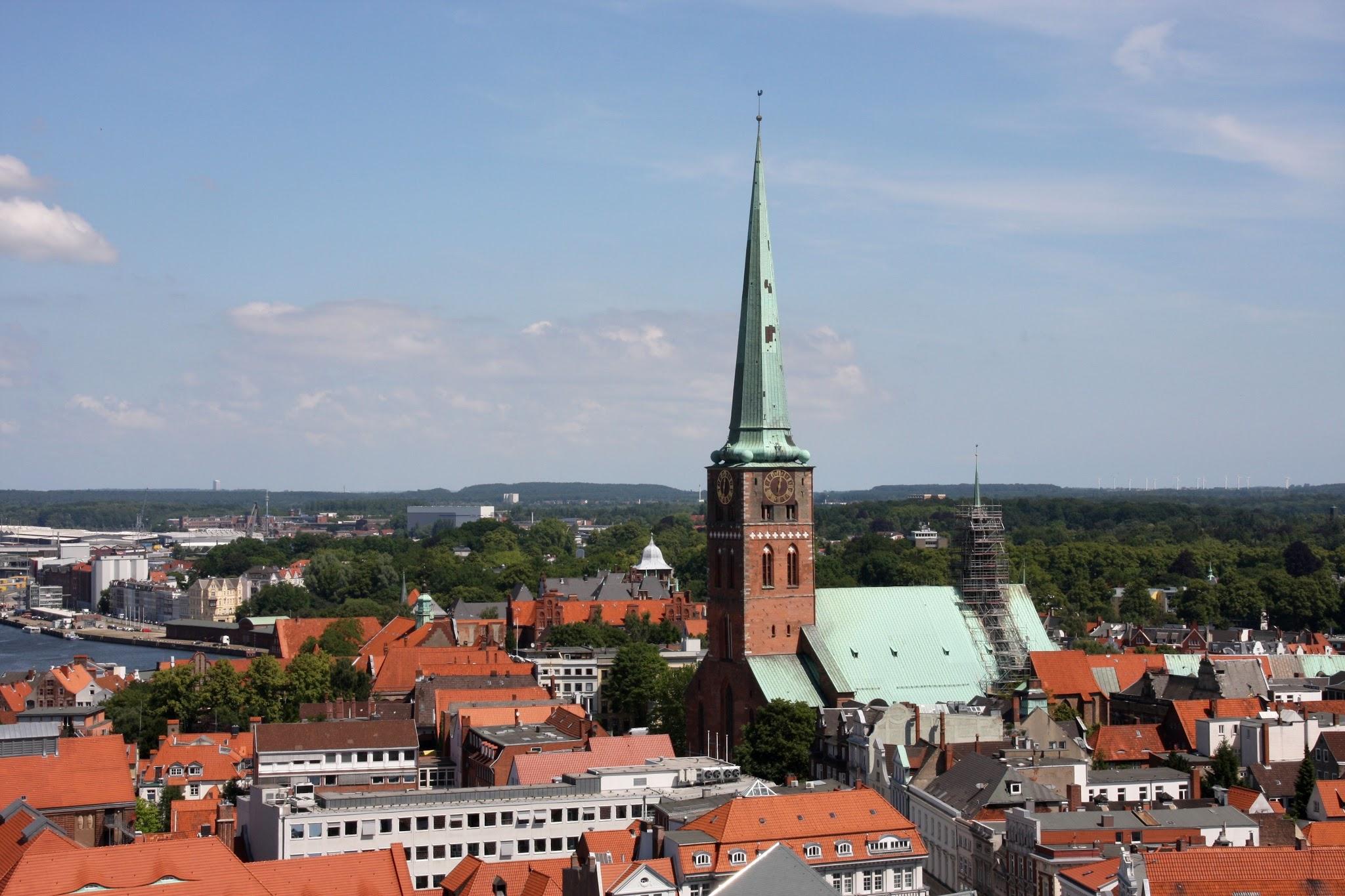 File Lubeck Blick Vom Dach Der Marienkirche In Richtung Jacobi